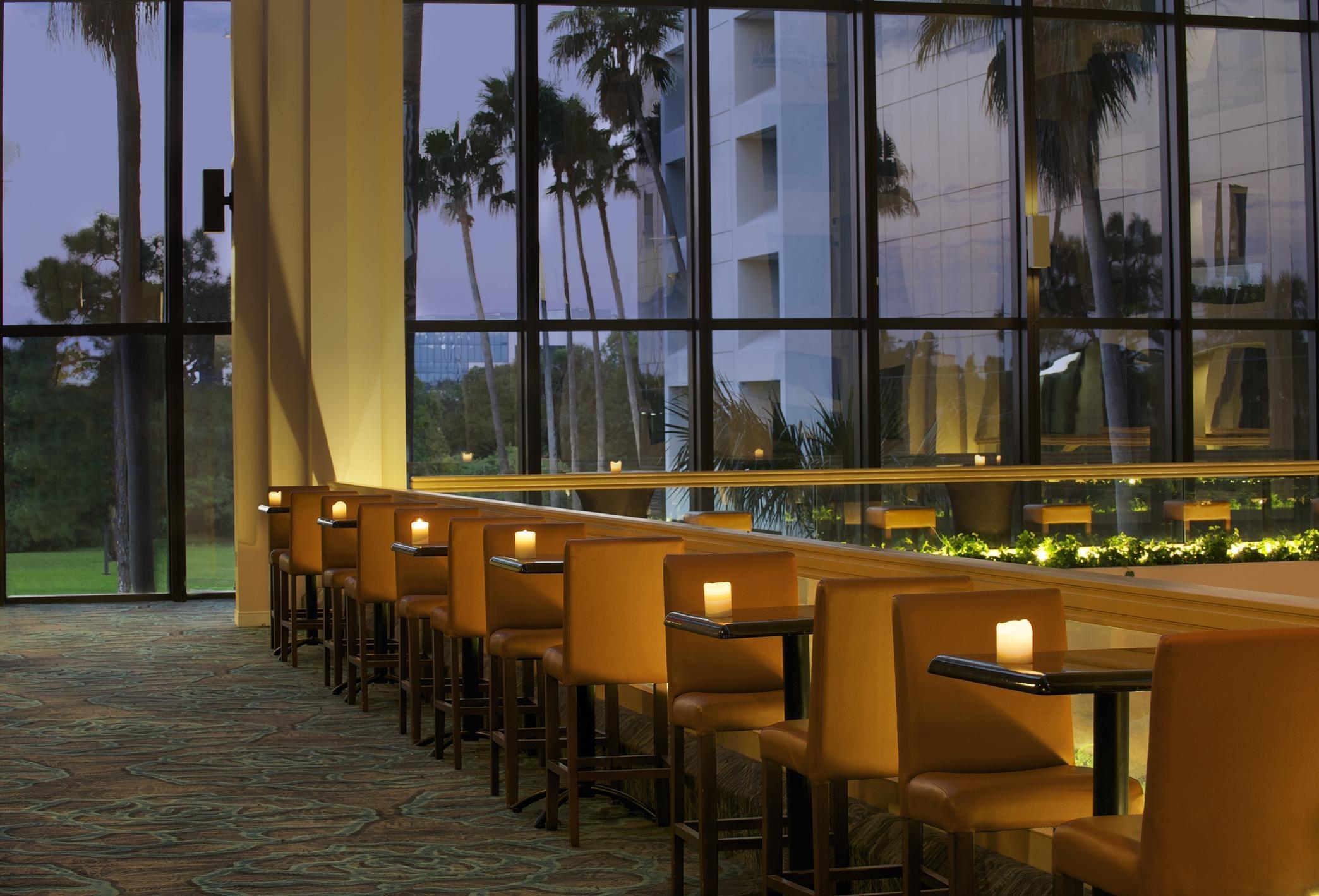 Embassy Suites By Hilton Palm Beach Gardens Pga Boulevard Palm Beach Gardens Fl Company Page