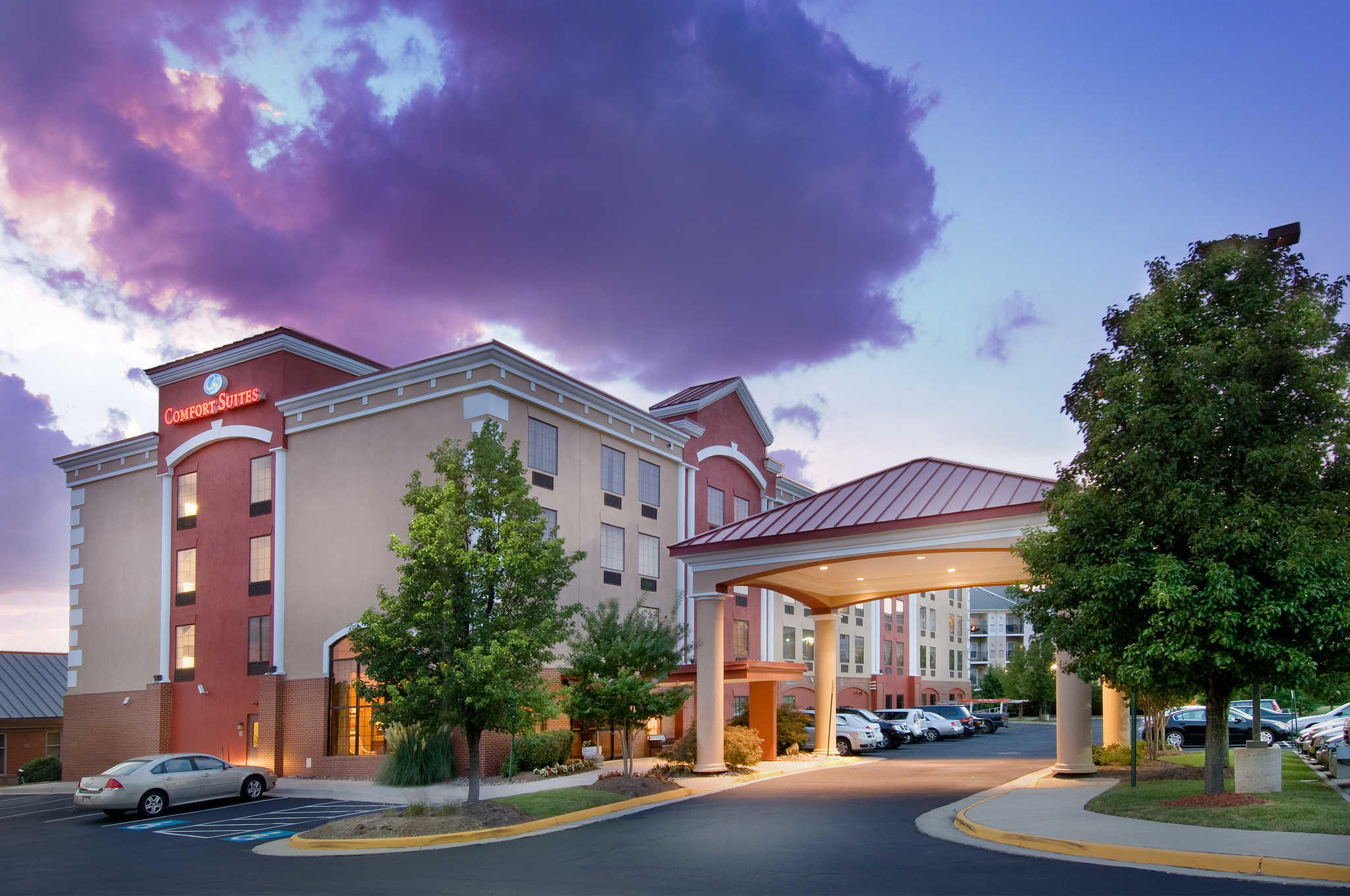 Comfort Suites Dulles Airport image 0