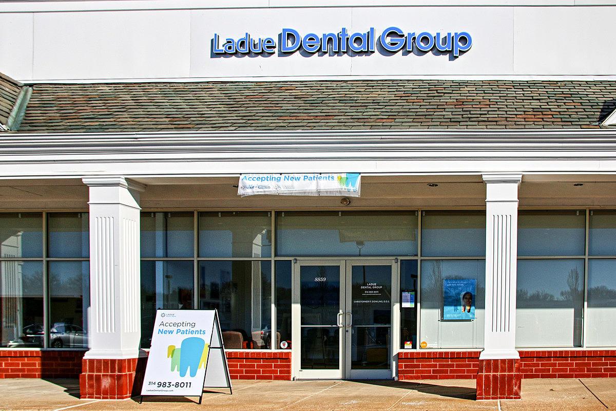 Ladue Dental Group image 0