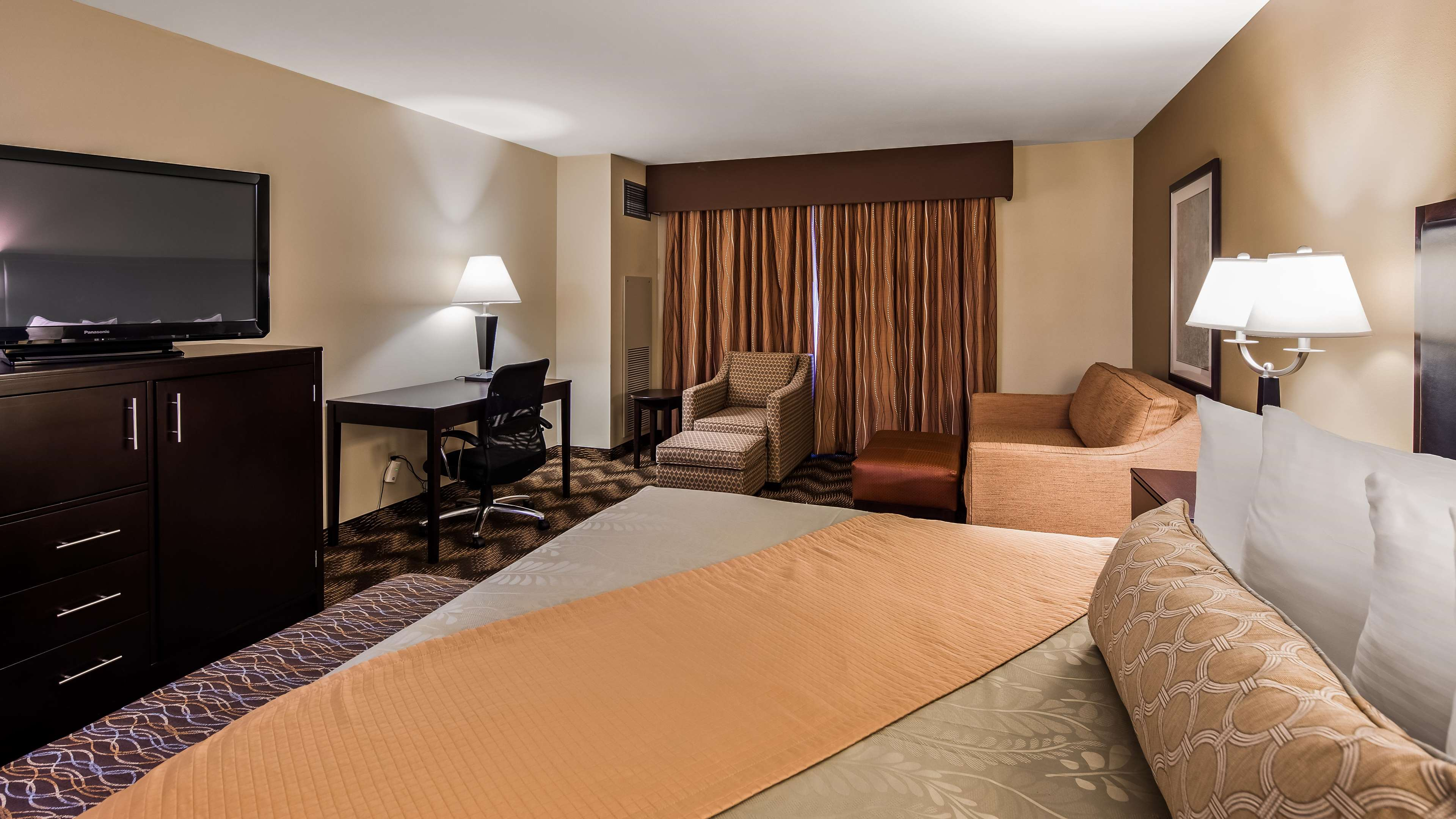 Best Western Plus Gold Country Inn image 10