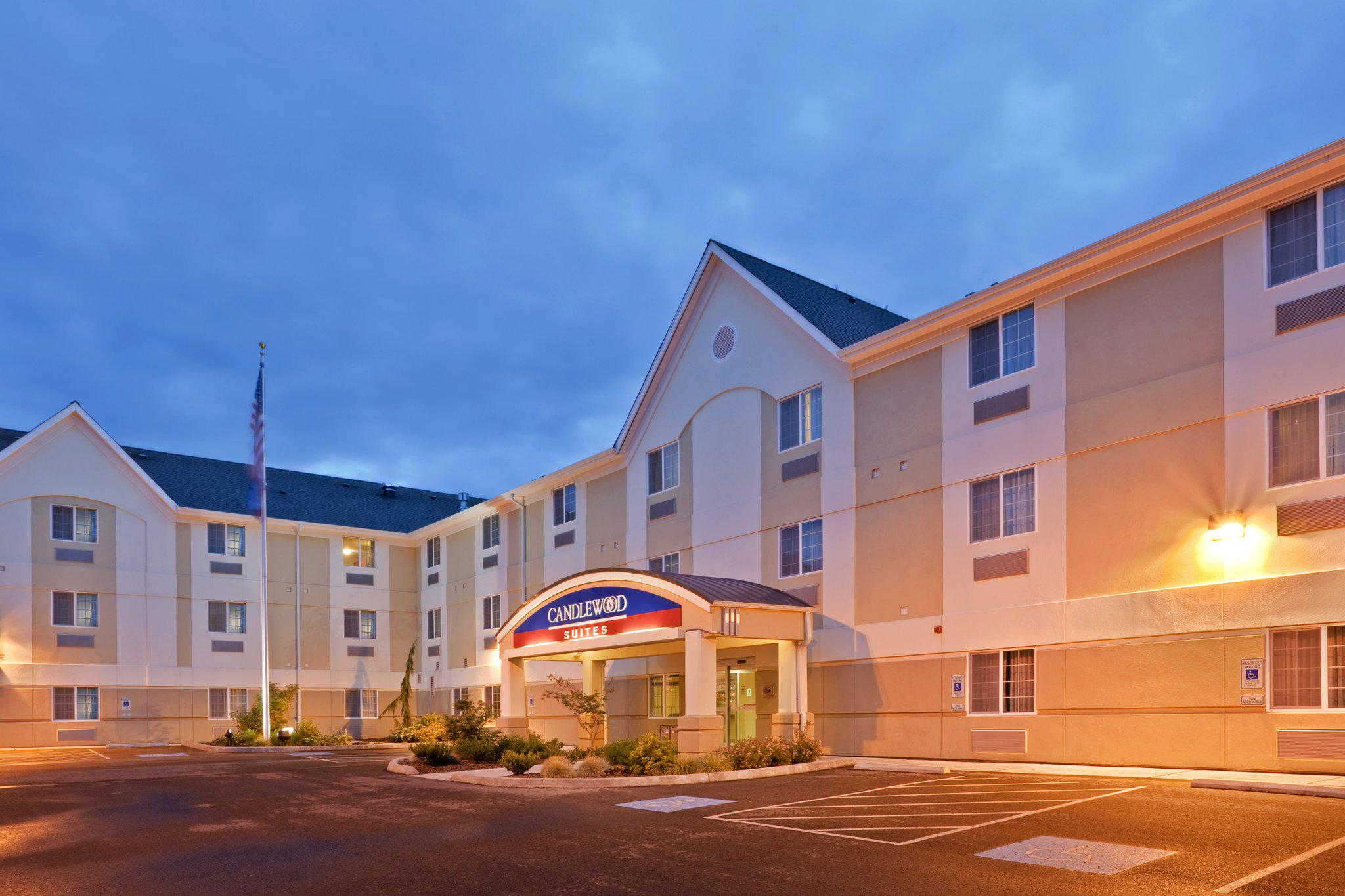 Candlewood Suites Oak Harbor in Oak Harbor, WA, photo #2