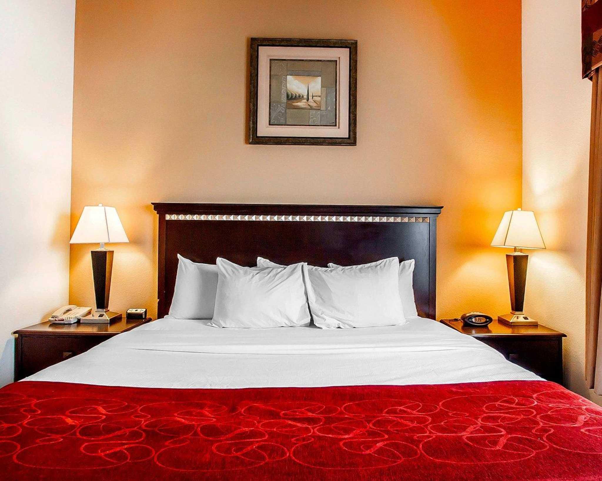 Comfort Suites Jackson-Cape Girardeau image 4