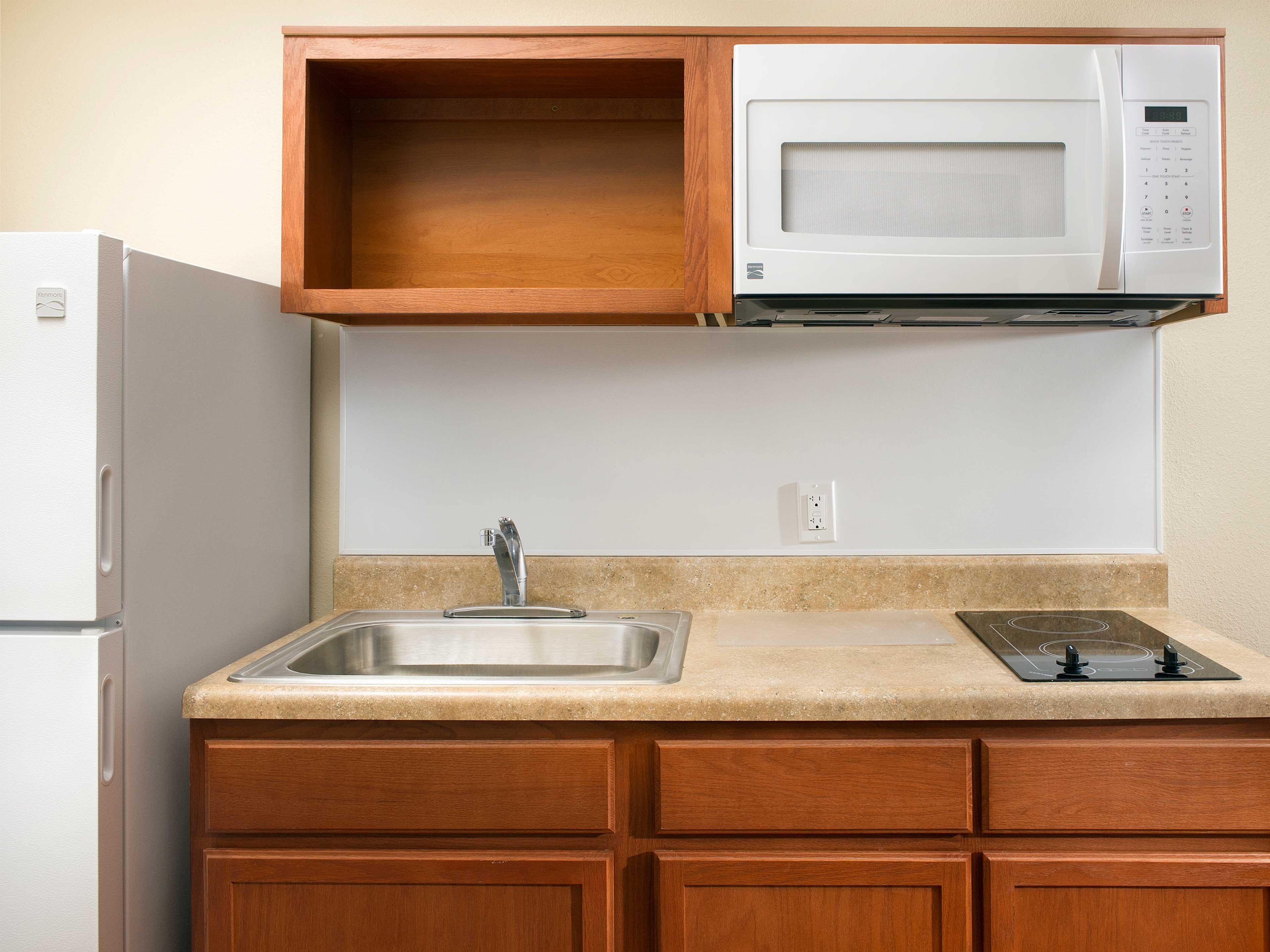 WoodSpring Suites Texas City image 14