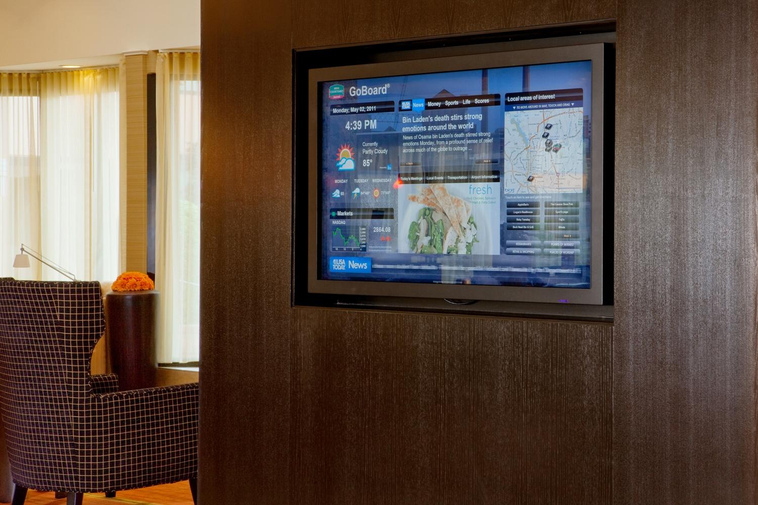 Courtyard by Marriott Columbus image 3