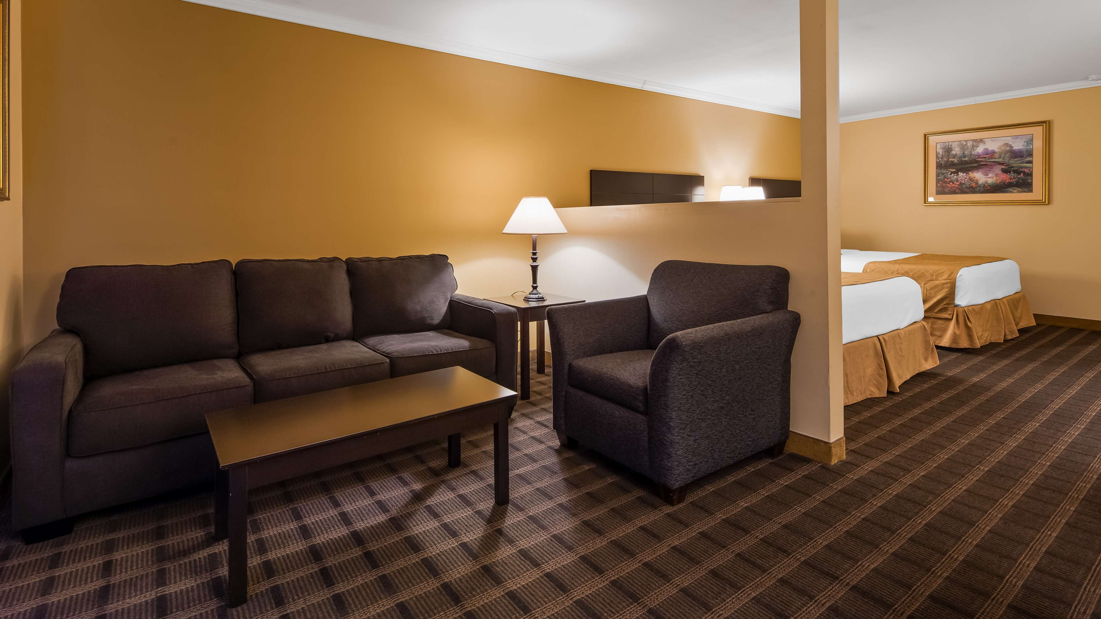 Best Western Inn & Suites image 9