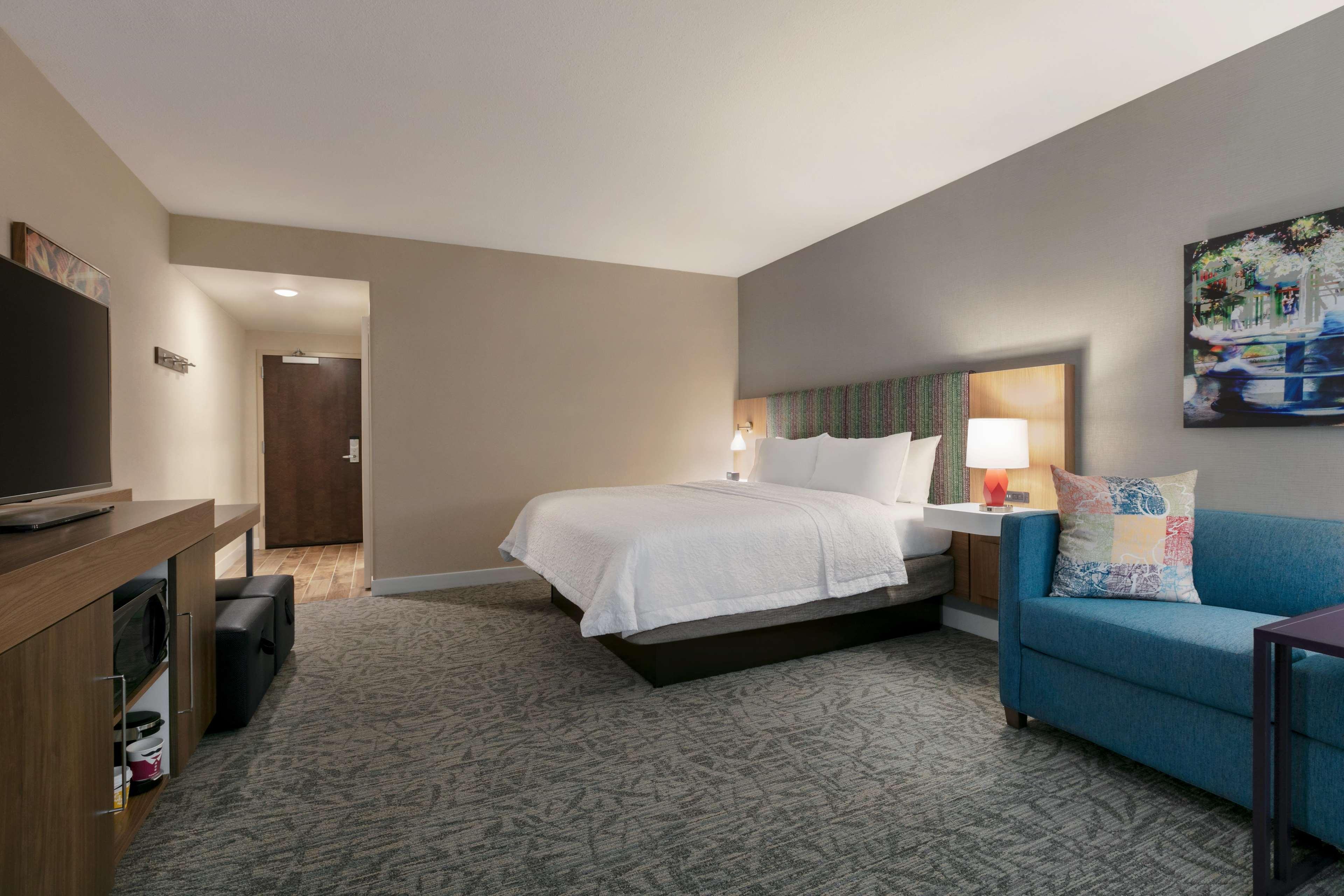 Hampton Inn and Suites Johns Creek image 32