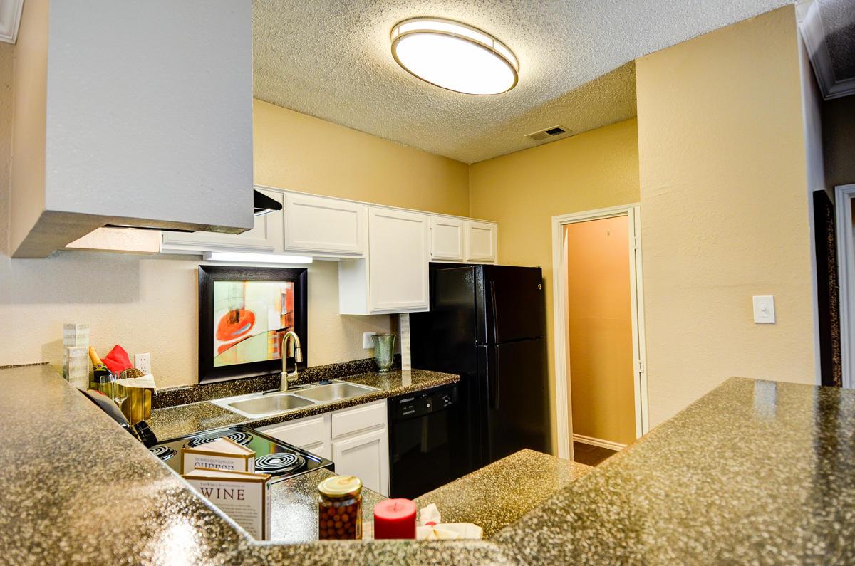 4804 Haverwood Apartments image 8