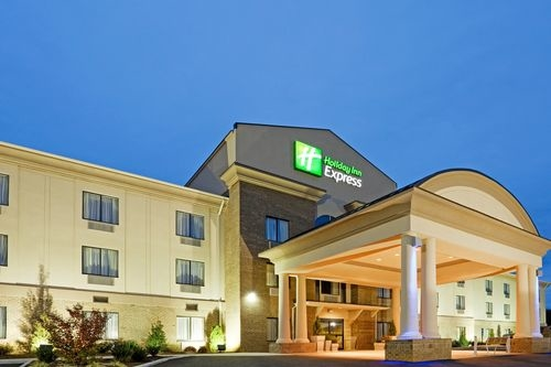 Holiday Inn Express Troutville - Roanoke North image 0