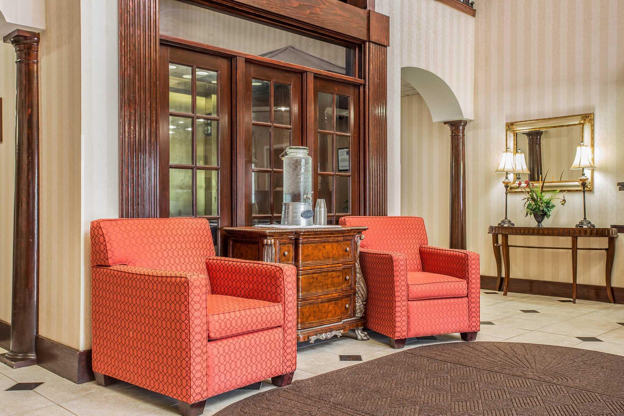 Comfort Inn & Suites Ft.Jackson Maingate image 18