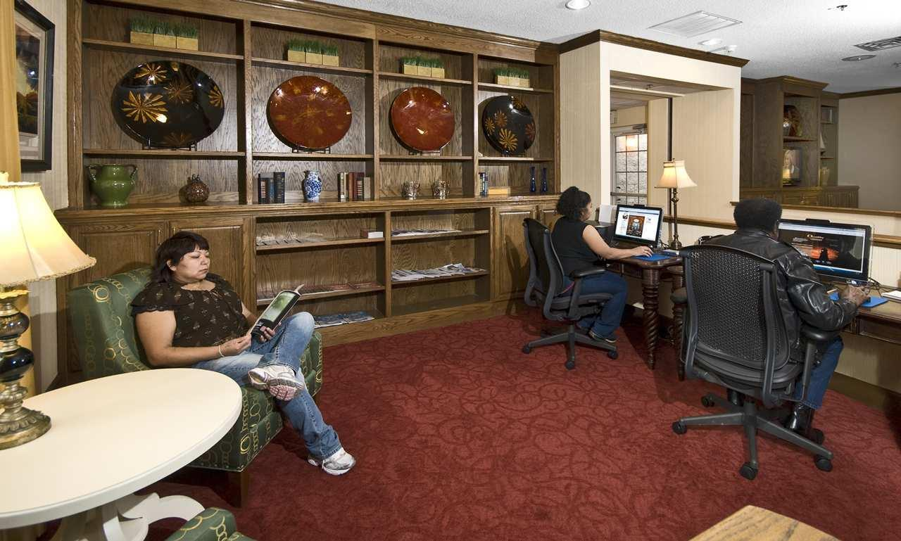 Hampton Inn & Suites Raleigh/Cary I-40 (PNC Arena) image 34