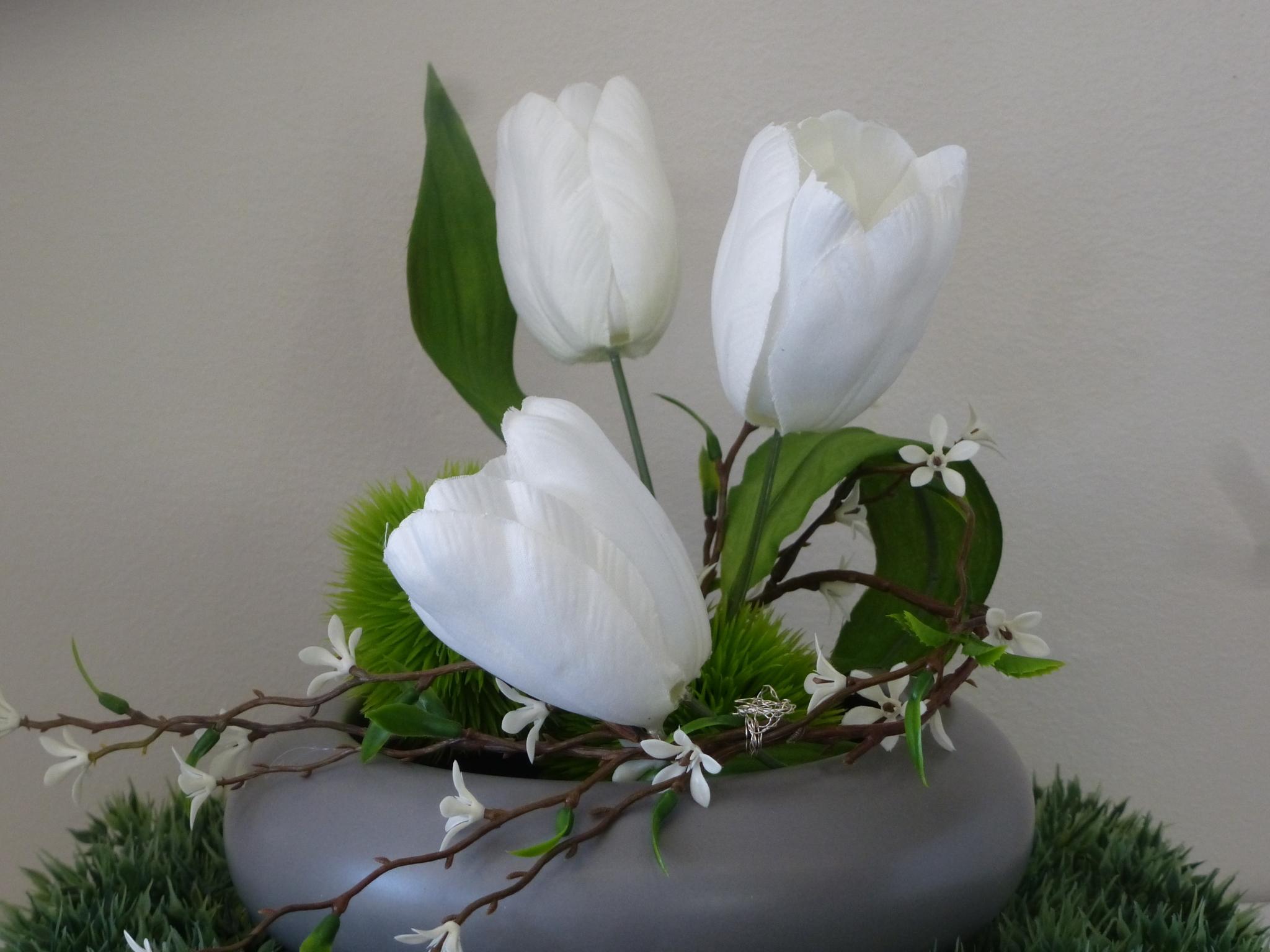 Le fleuriste des quatre bourgeois qu bec qc ourbis for Bouquet de fleurs quebec