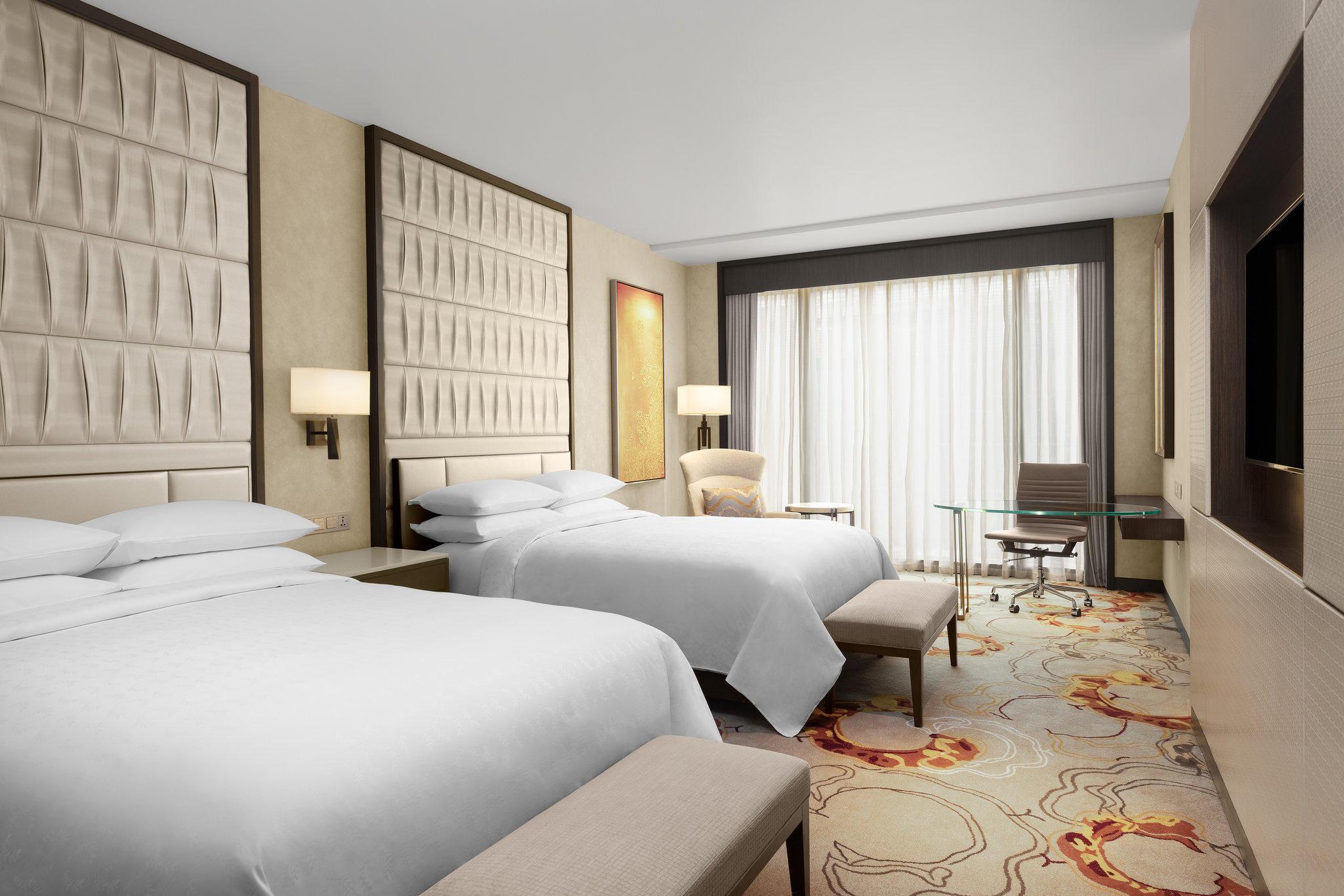 Sheraton Manila Hotel