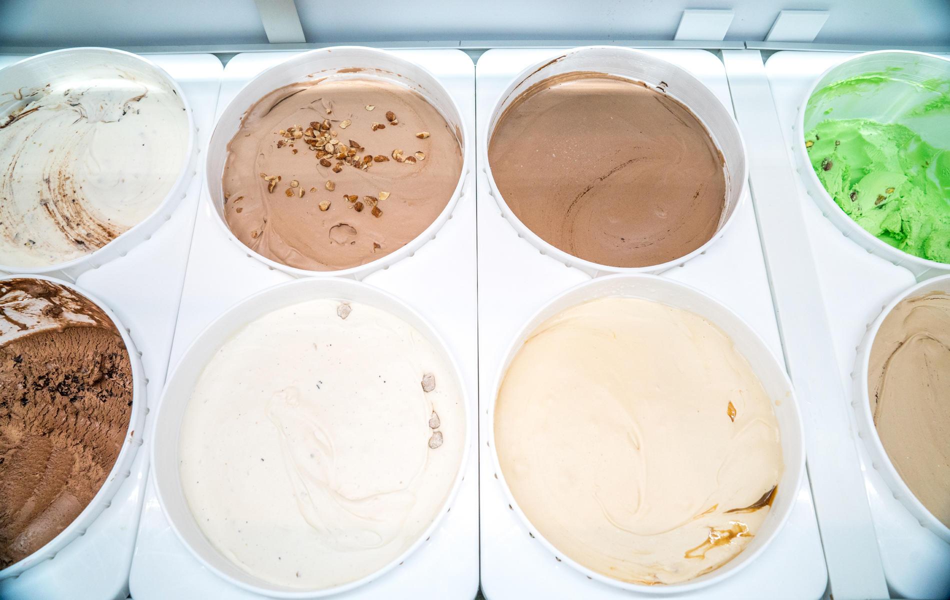 Big Dipper Creamery - Blaine image 27