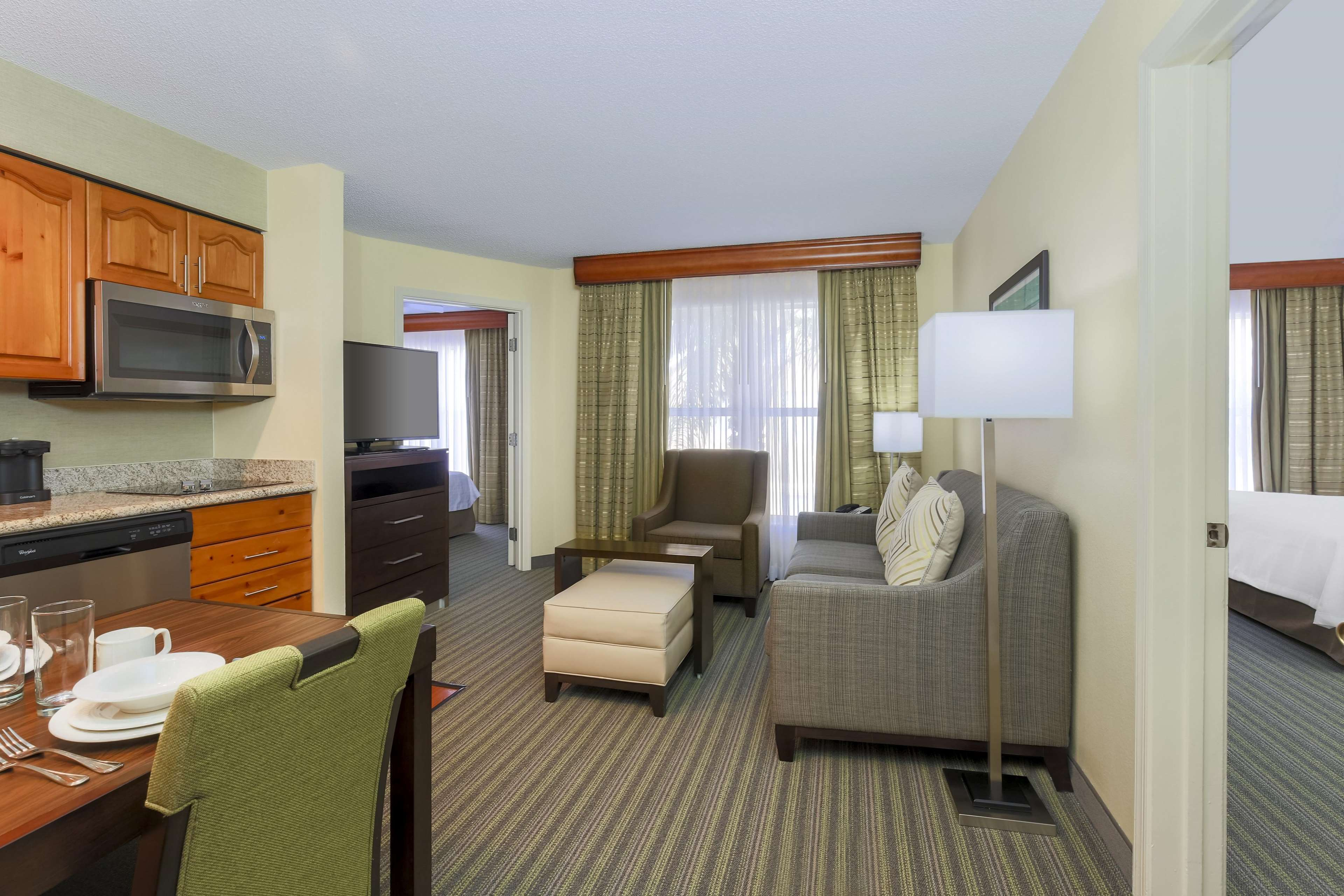 Homewood Suites by Hilton St. Petersburg Clearwater image 4