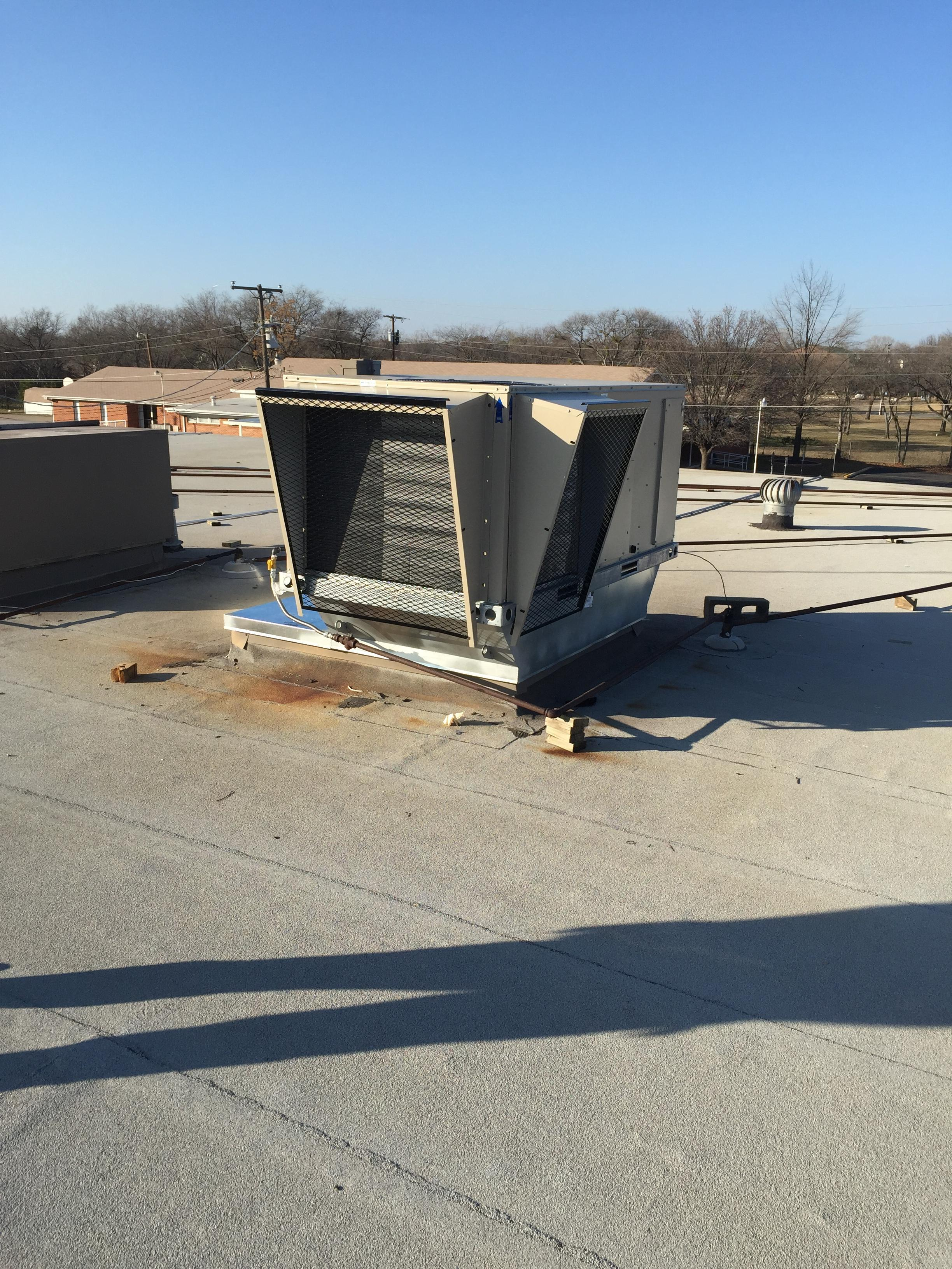 New  Lennox roof top that replaced the 1989 Lennox unit