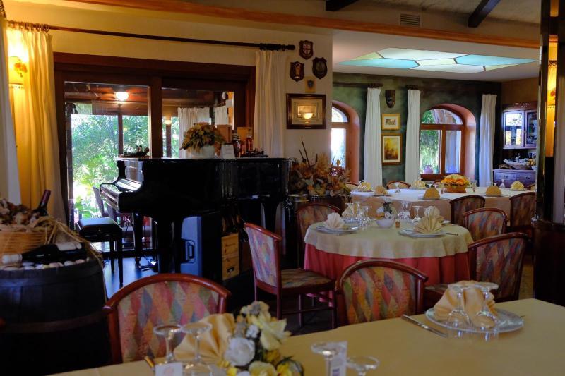 Bar Ristorante La Perla