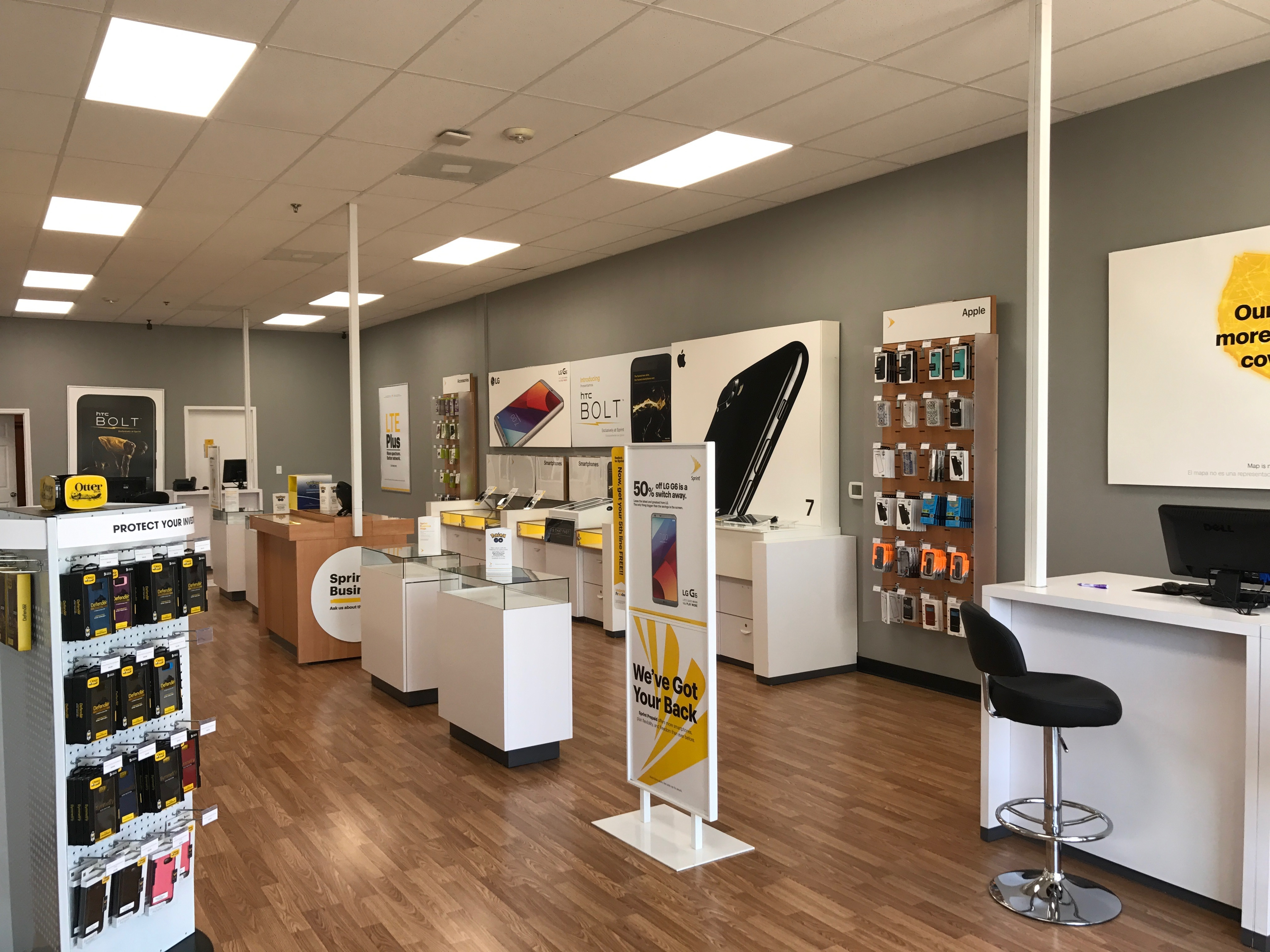 Sprint Store image 2
