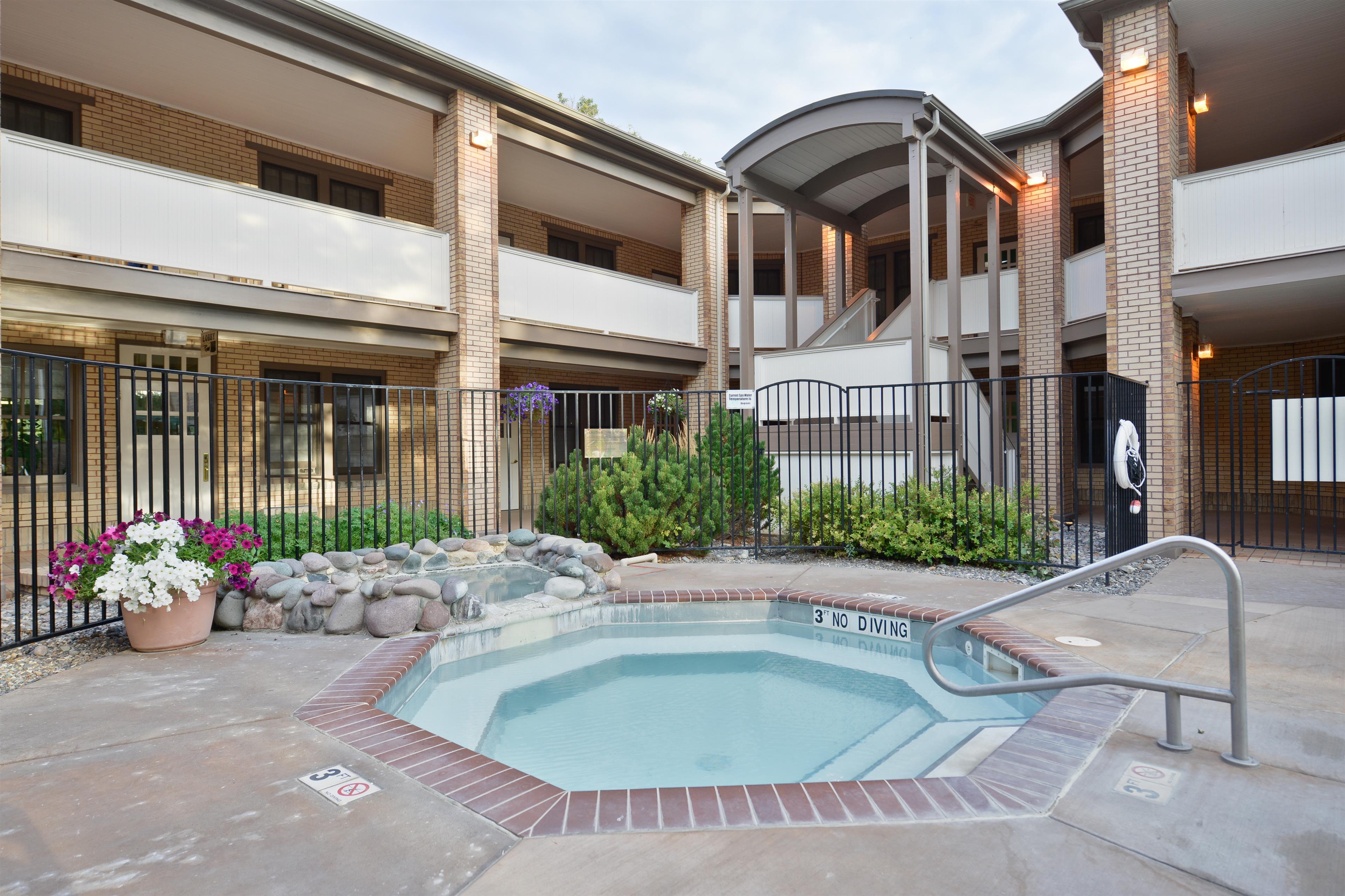 Best Western Plus Plaza Hotel image 18