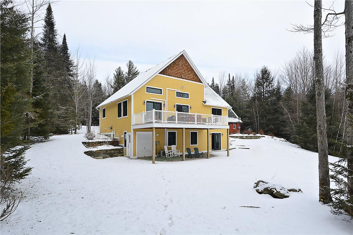 Stowe Country Homes image 22
