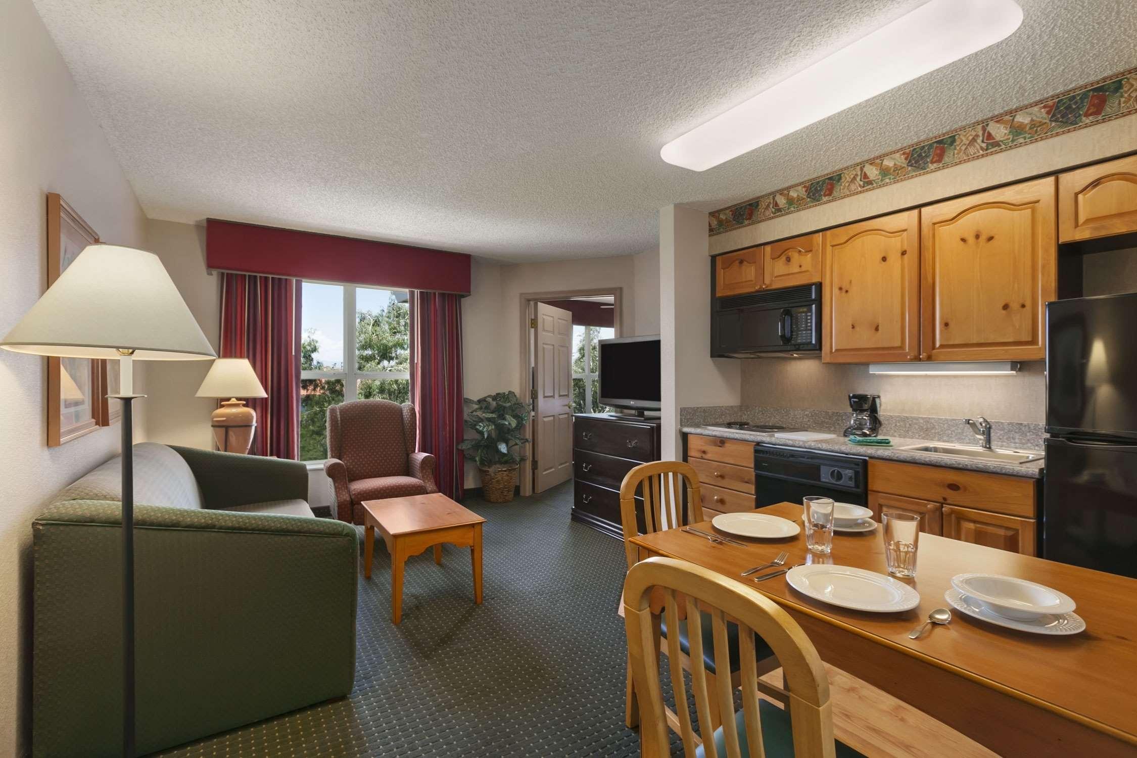 Homewood Suites by Hilton Phoenix/Scottsdale image 8