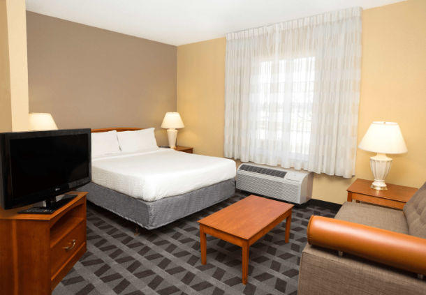 TownePlace Suites by Marriott Chicago Lombard image 4
