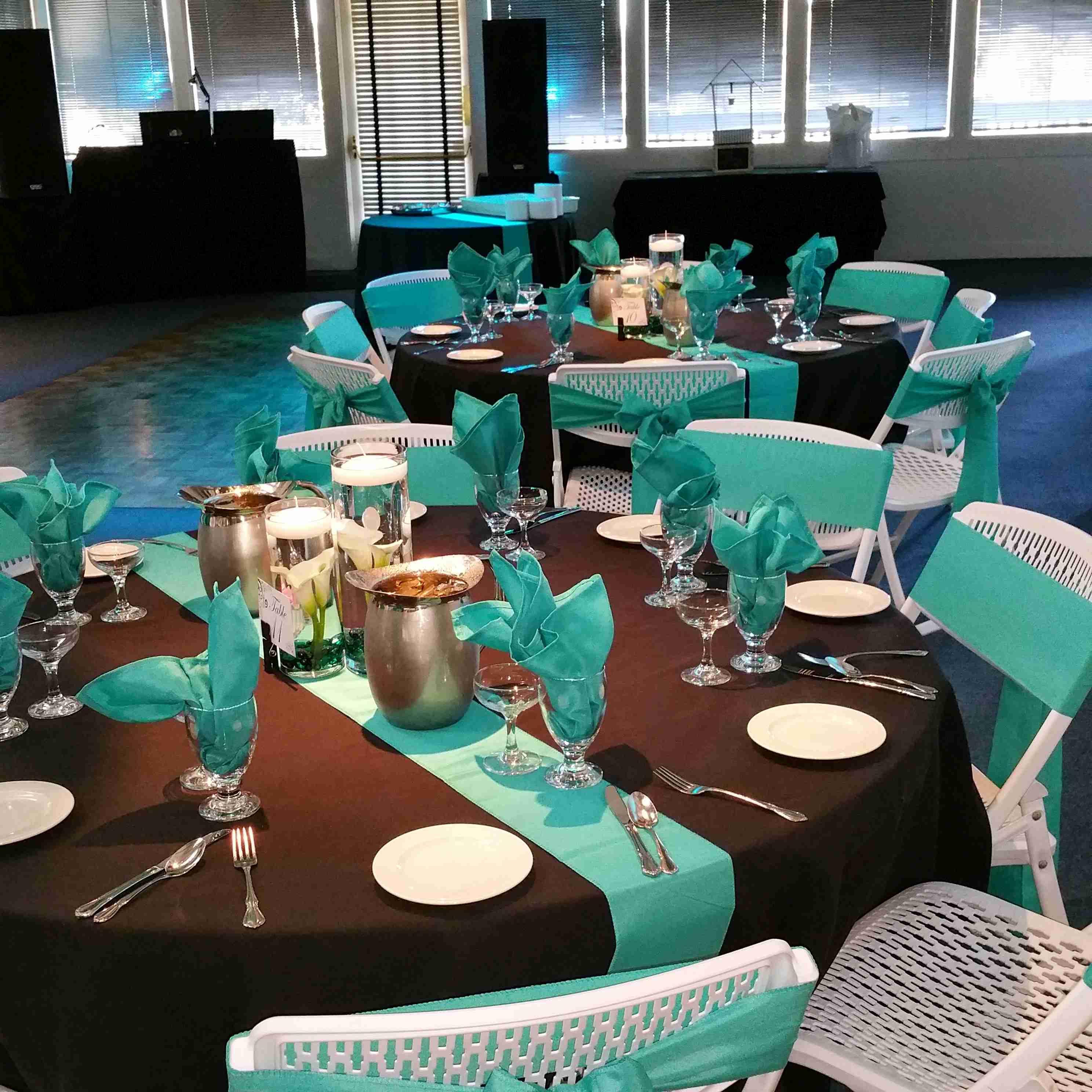 Chez Shari Banquet Facility image 58