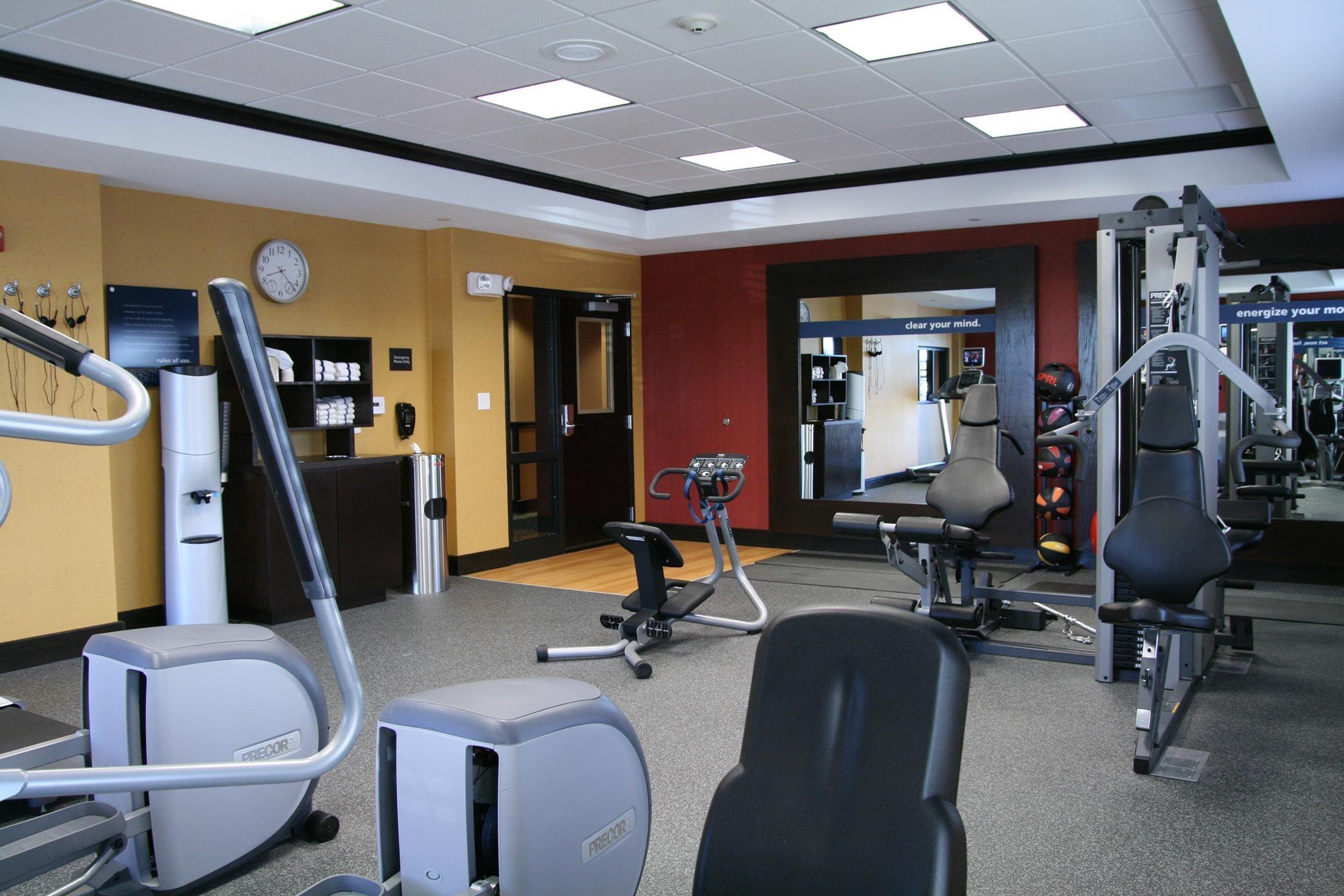 Hampton Inn & Suites Dallas/Lewisville-Vista Ridge Mall, TX image 13