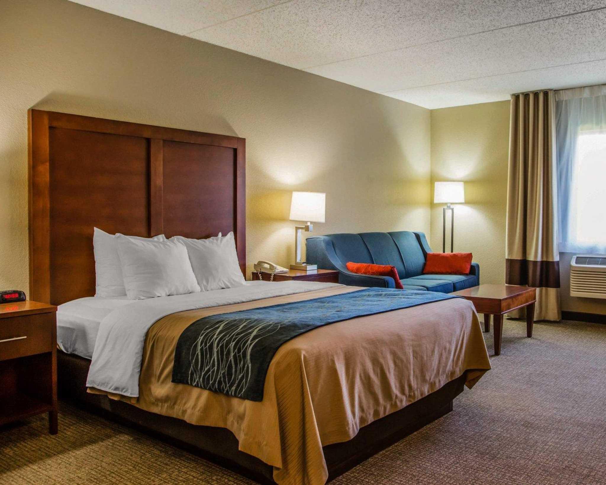 Comfort Inn & Suites Jackson - West Bend image 14