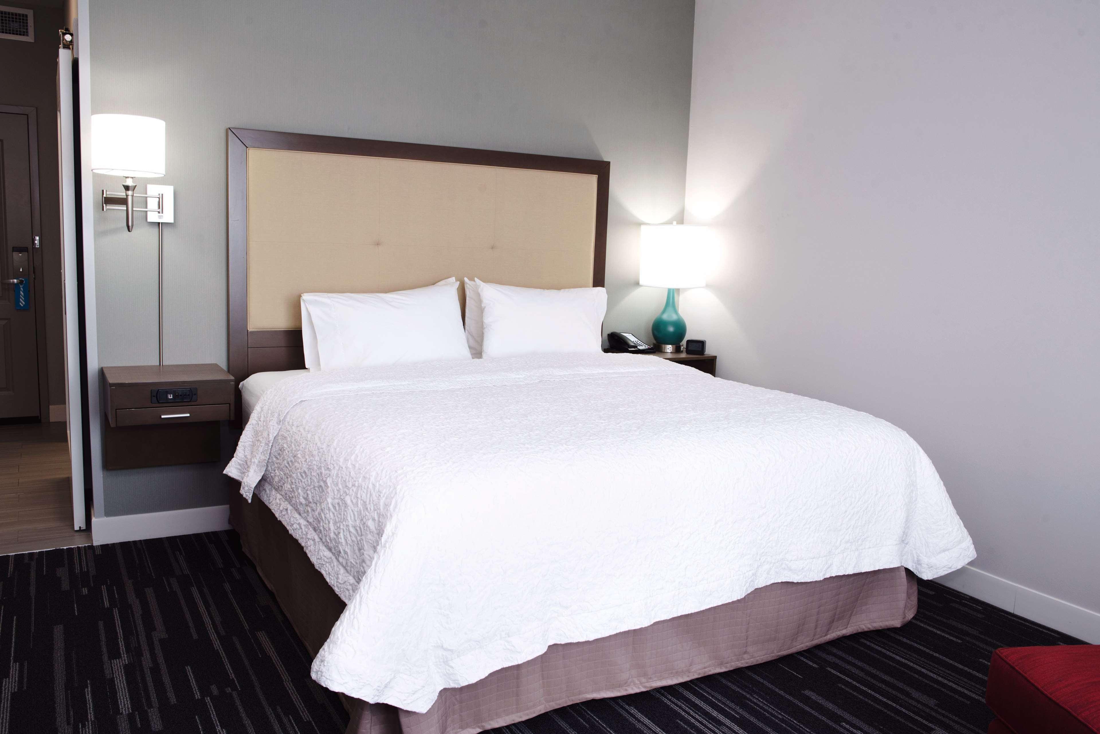 Hampton Inn & Suites Des Moines/Urbandale image 31