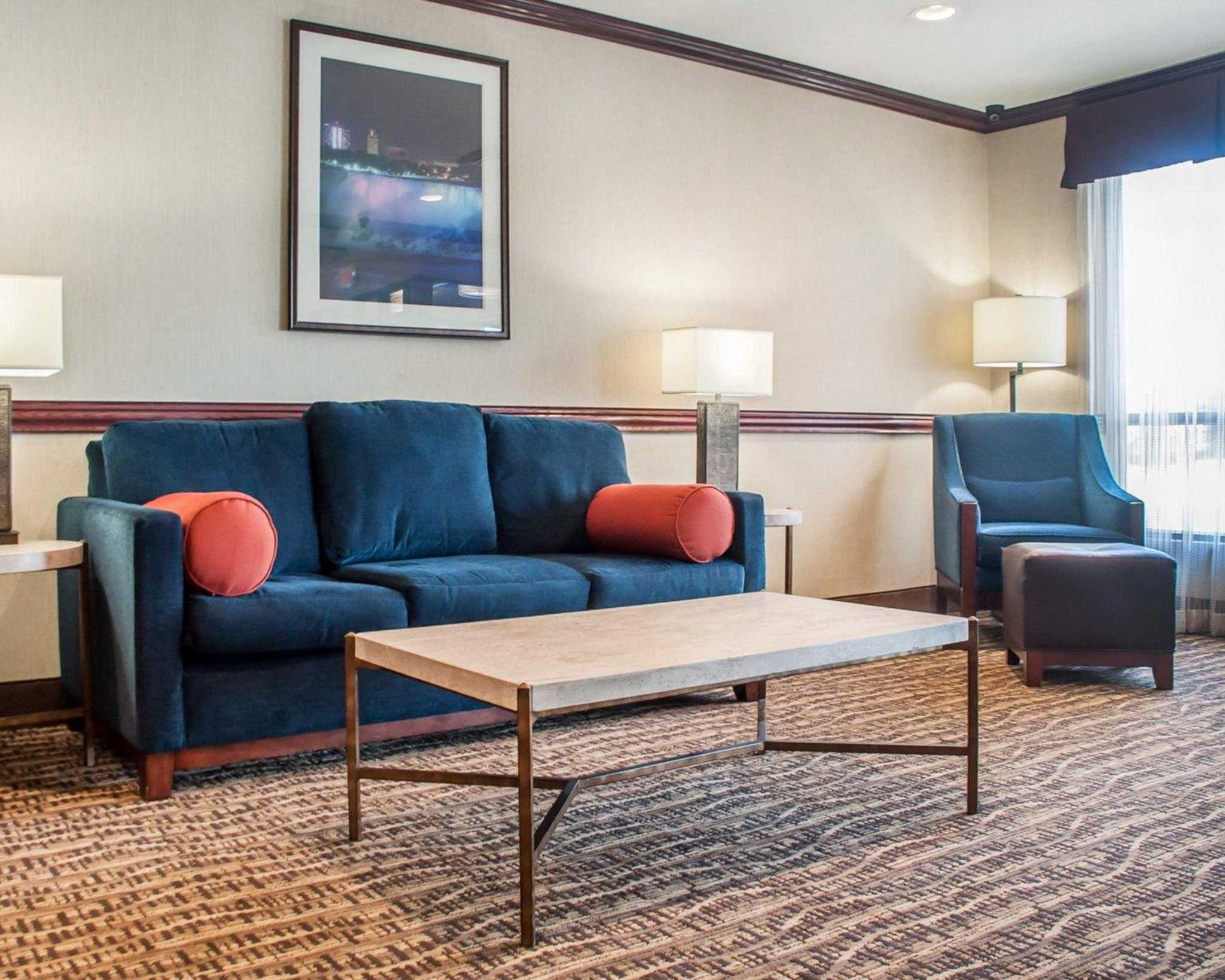 Comfort Inn Near Walden Galleria Mall image 22
