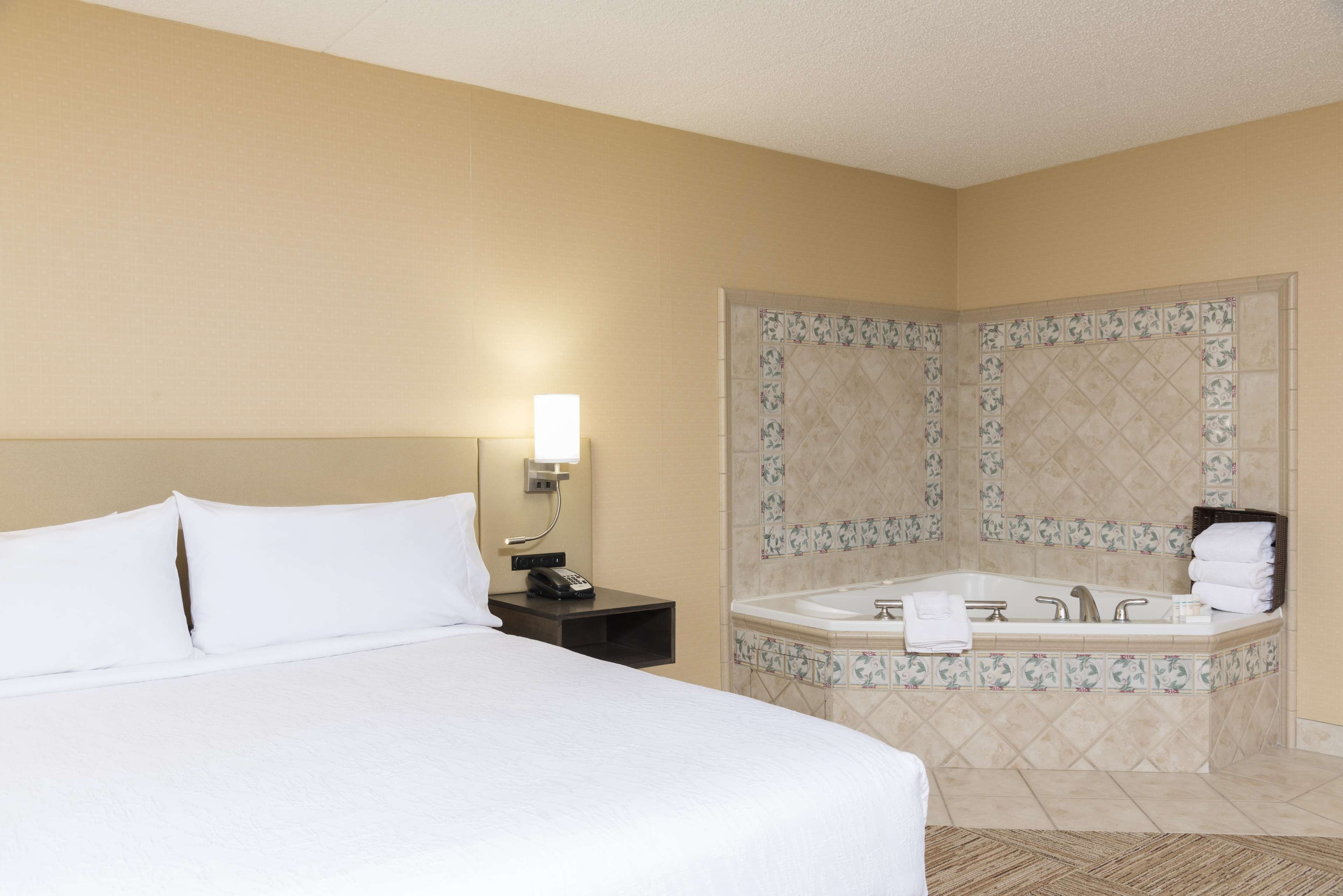 Hilton Garden Inn West Lafayette Wabash Landing image 27