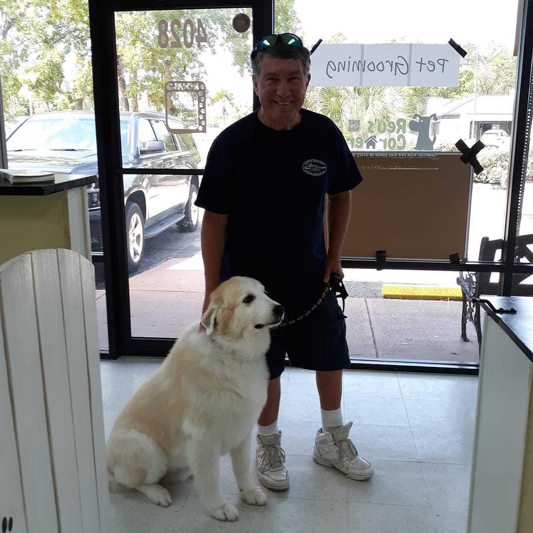 Reu's Corner Pet Spa image 7
