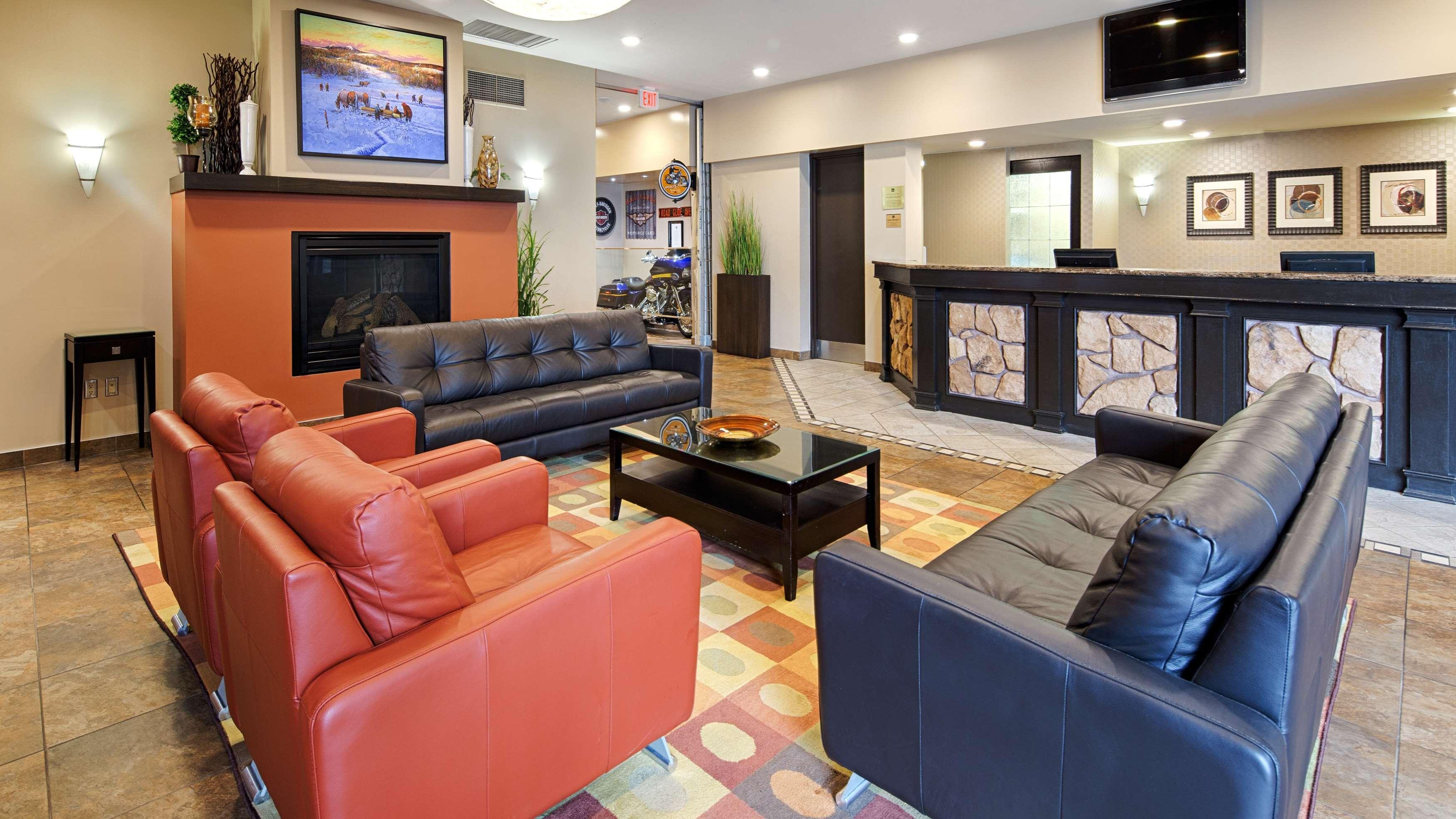 Best Western Seven Oaks Inn in Regina: Hotel Lobby