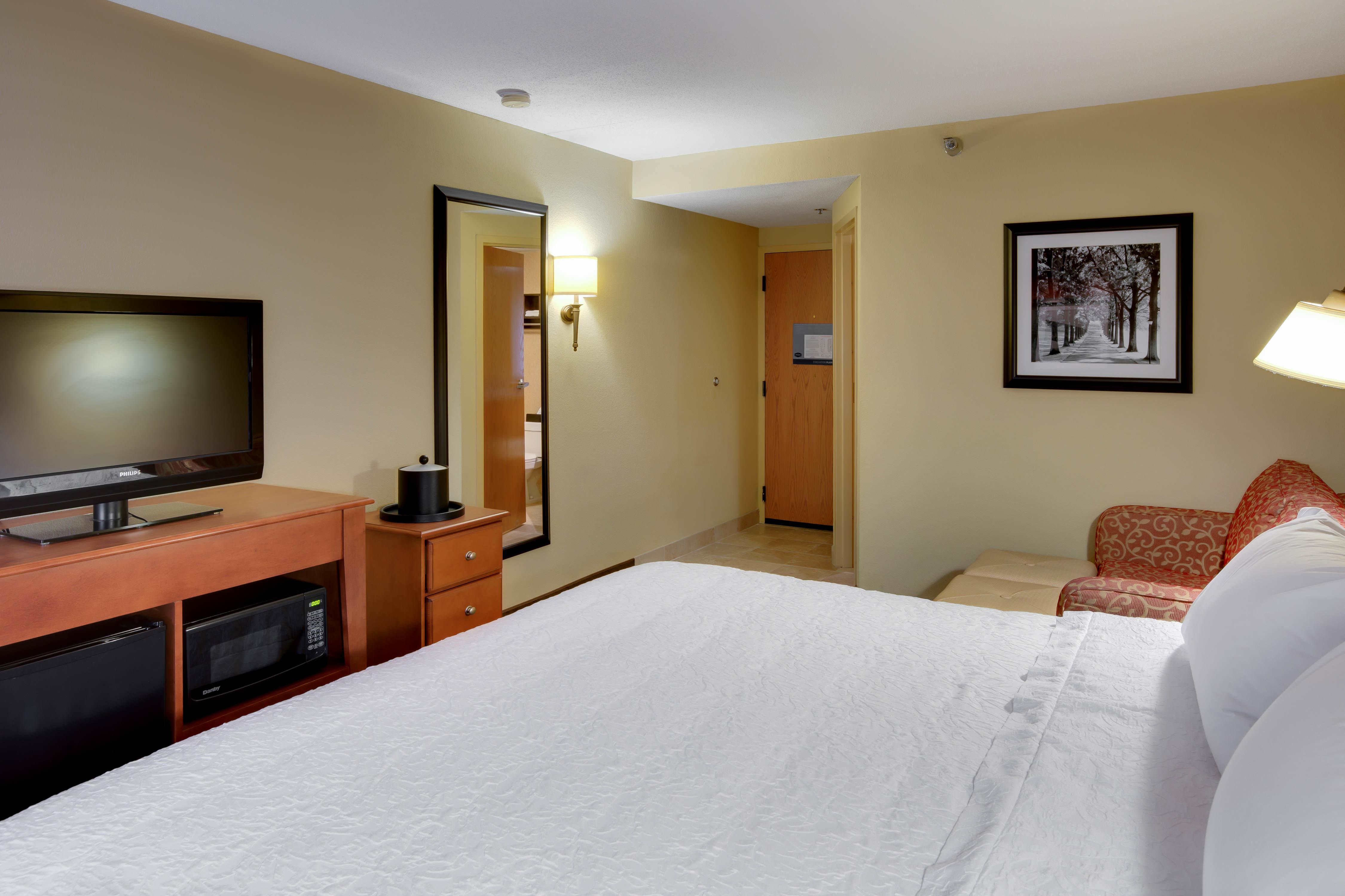 Hampton Inn Pittsburgh/Greentree image 18