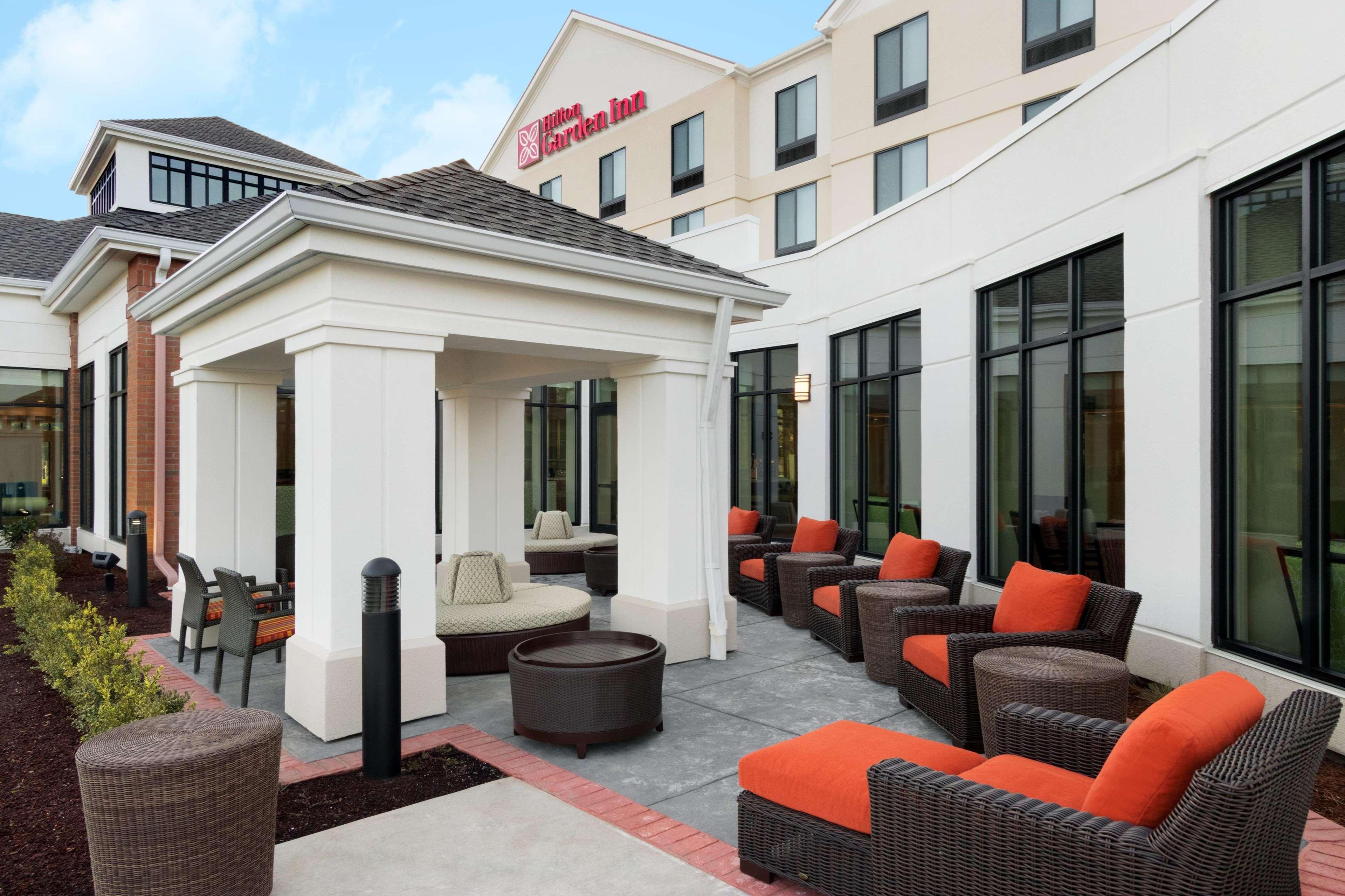 Hilton Garden Inn Medford image 5