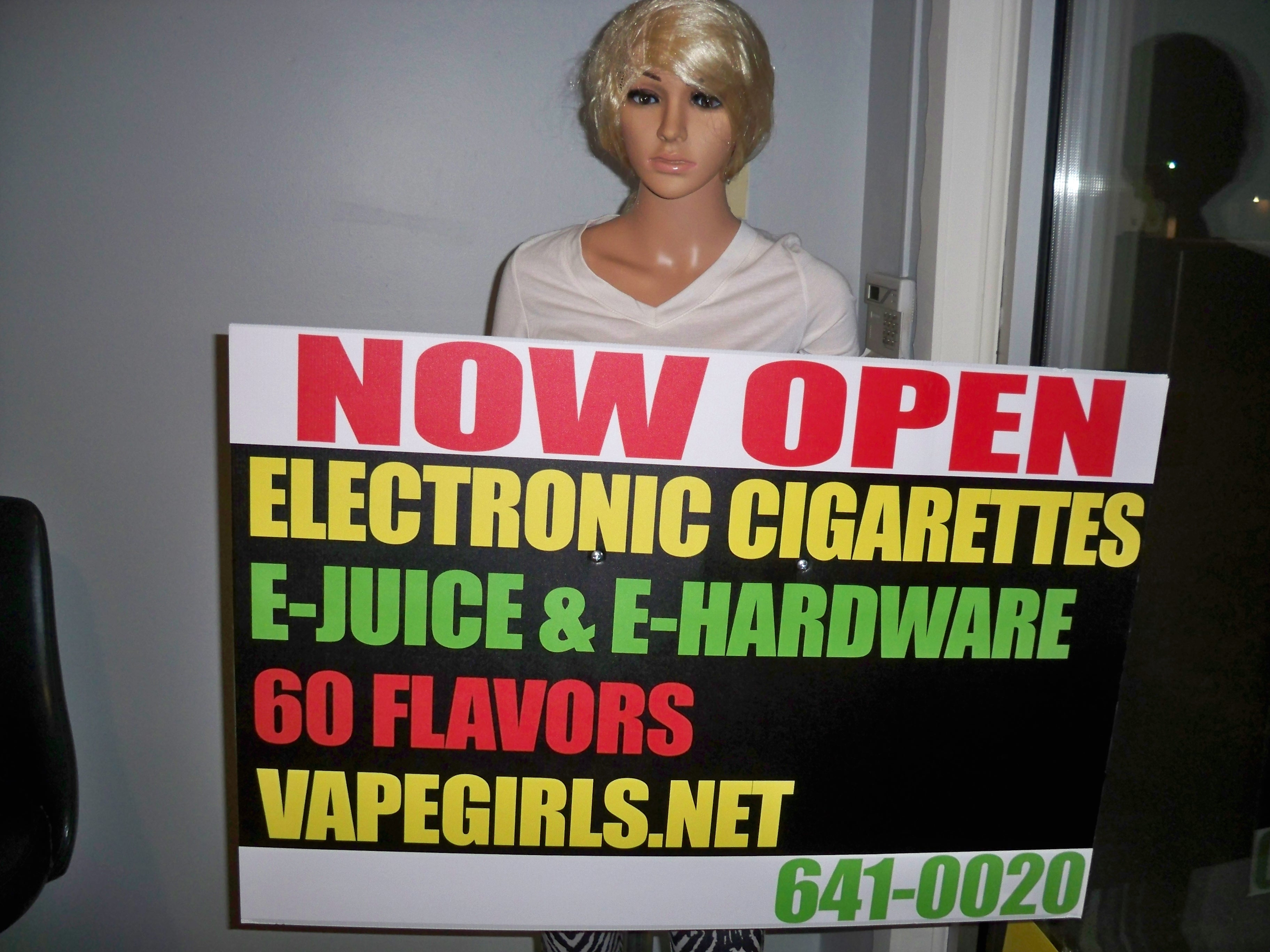 Huber Heights (OH) United States  city photos gallery : VAPE GIRLS in Huber Heights, OH 937 641 0020