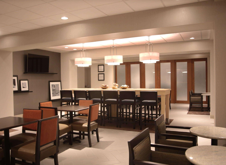 Hampton Inn Lexington Medical Center image 1