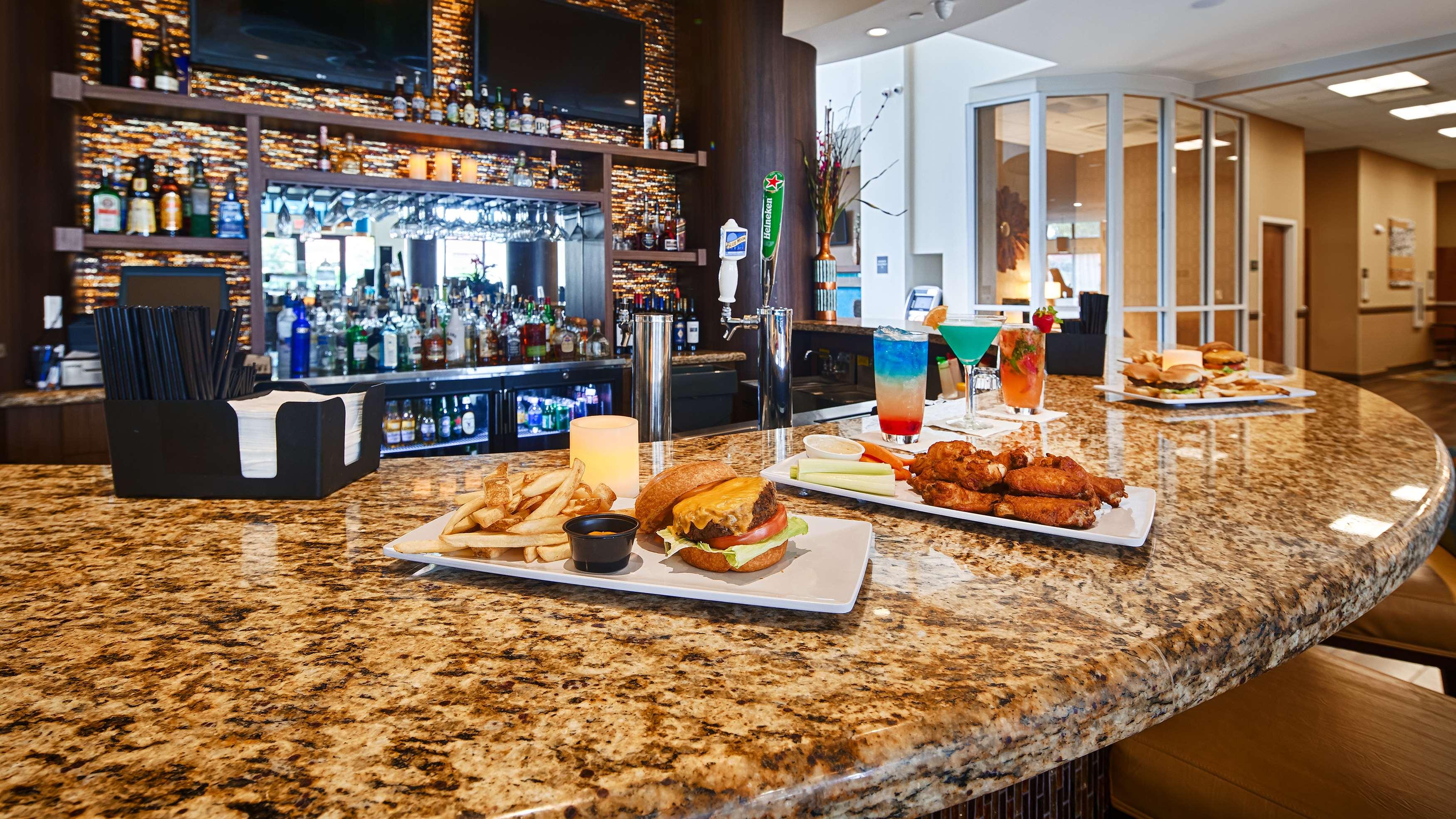 Best Western Plus Kendall Airport Hotel & Suites image 30