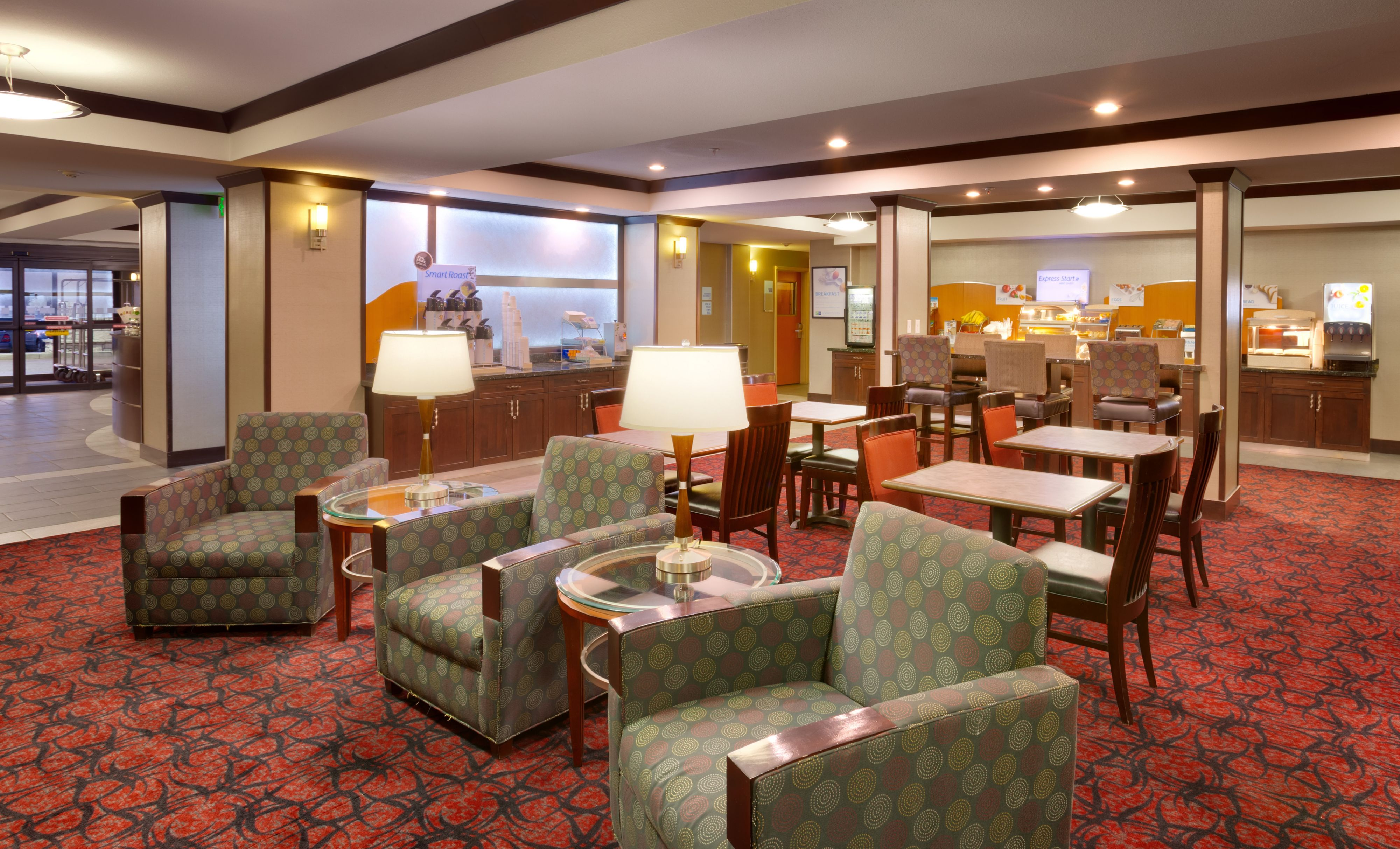 Holiday Inn Express & Suites Grand Junction image 7