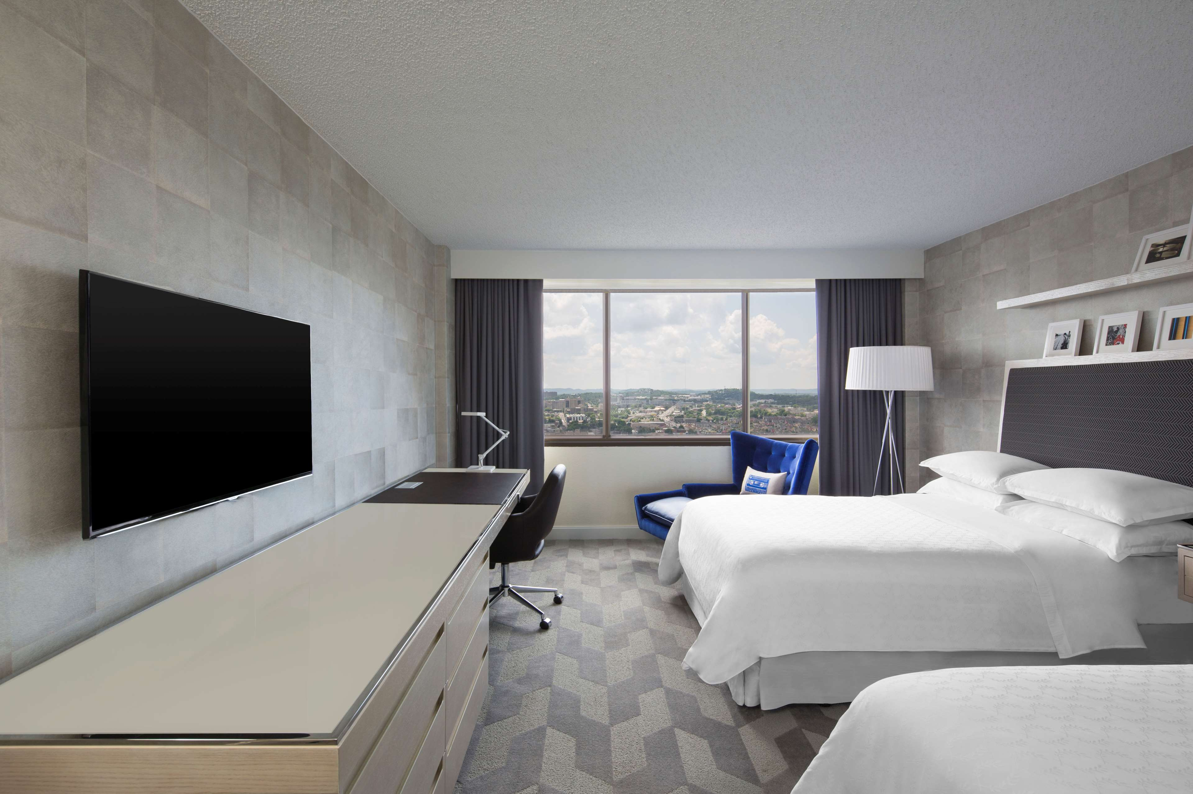 Sheraton grand nashville downtown at 623 union street Two bedroom suites in downtown nashville tn
