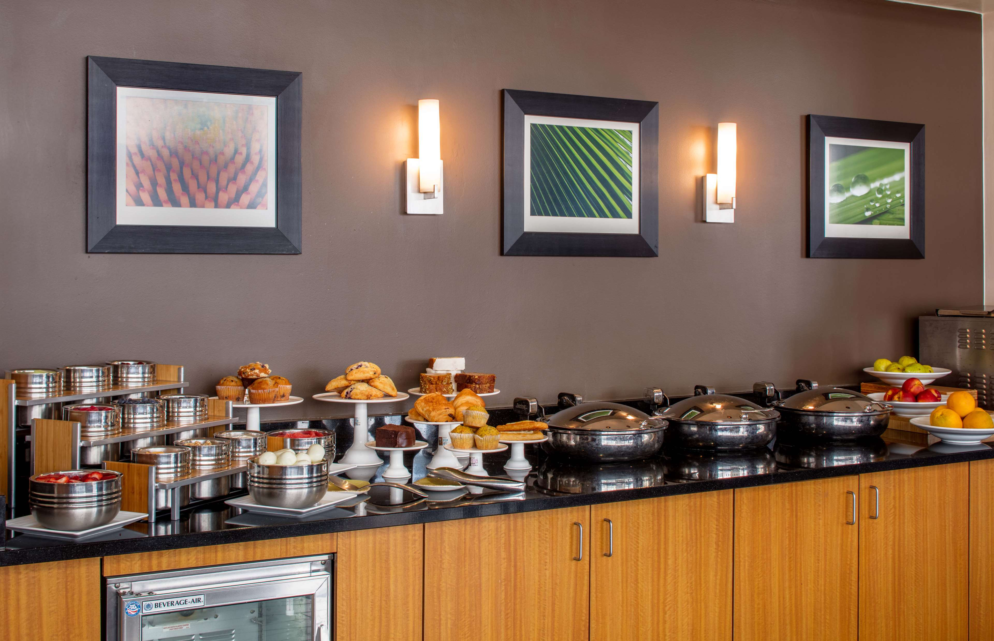 DoubleTree Suites by Hilton Hotel Minneapolis image 11