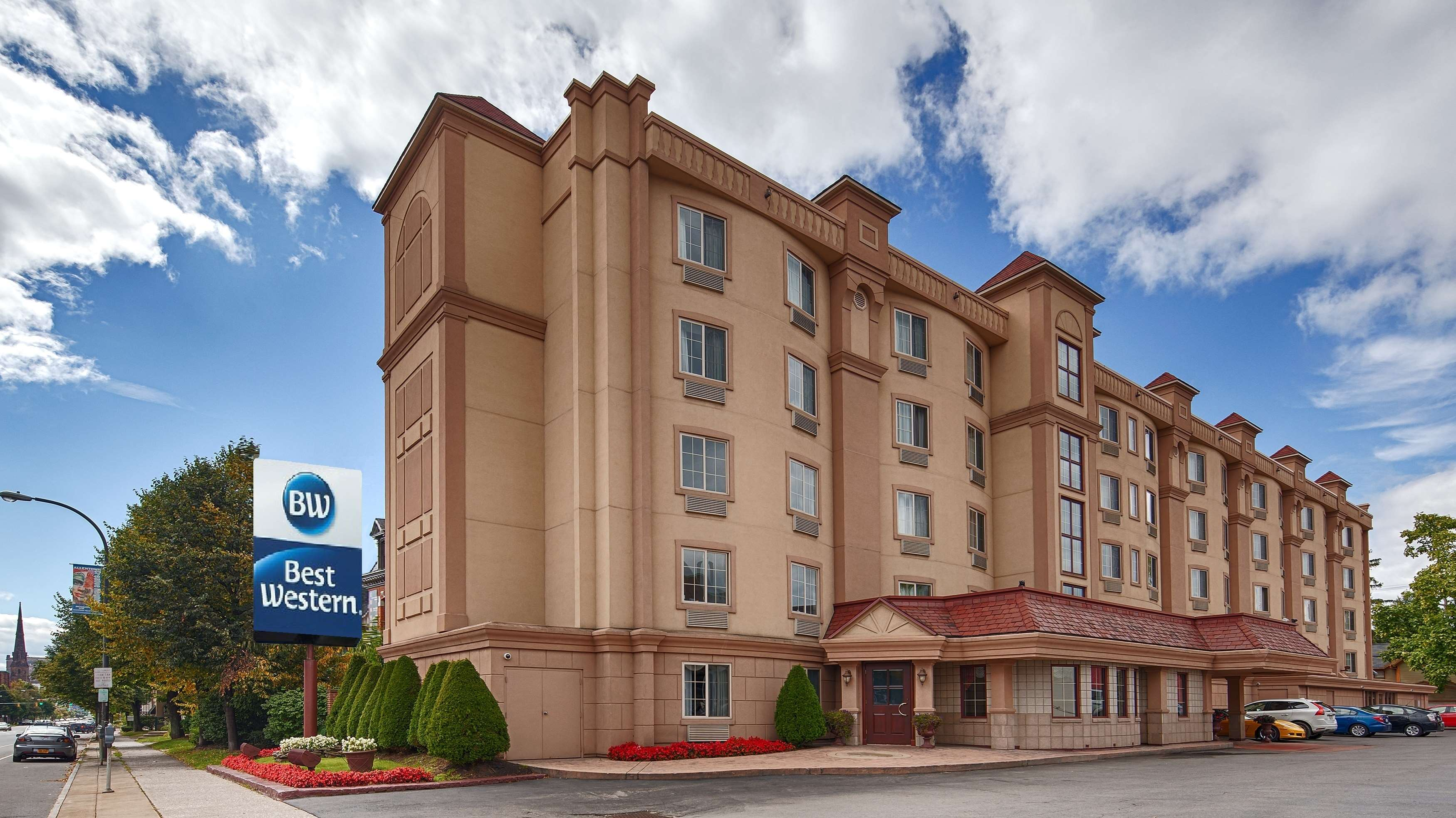 Best Western - On The Avenue image 0