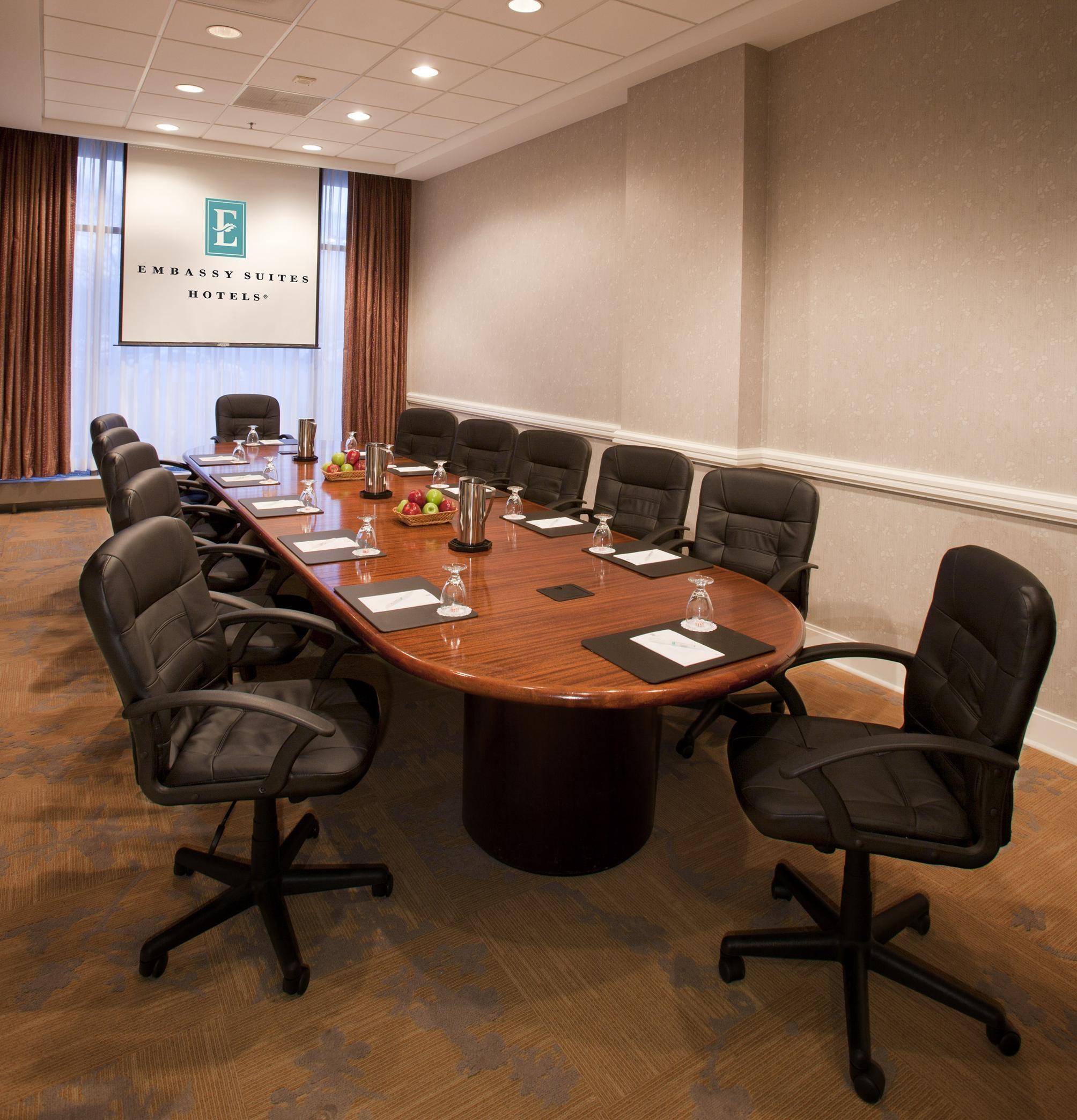Embassy Suites by Hilton Detroit Troy Auburn Hills image 36