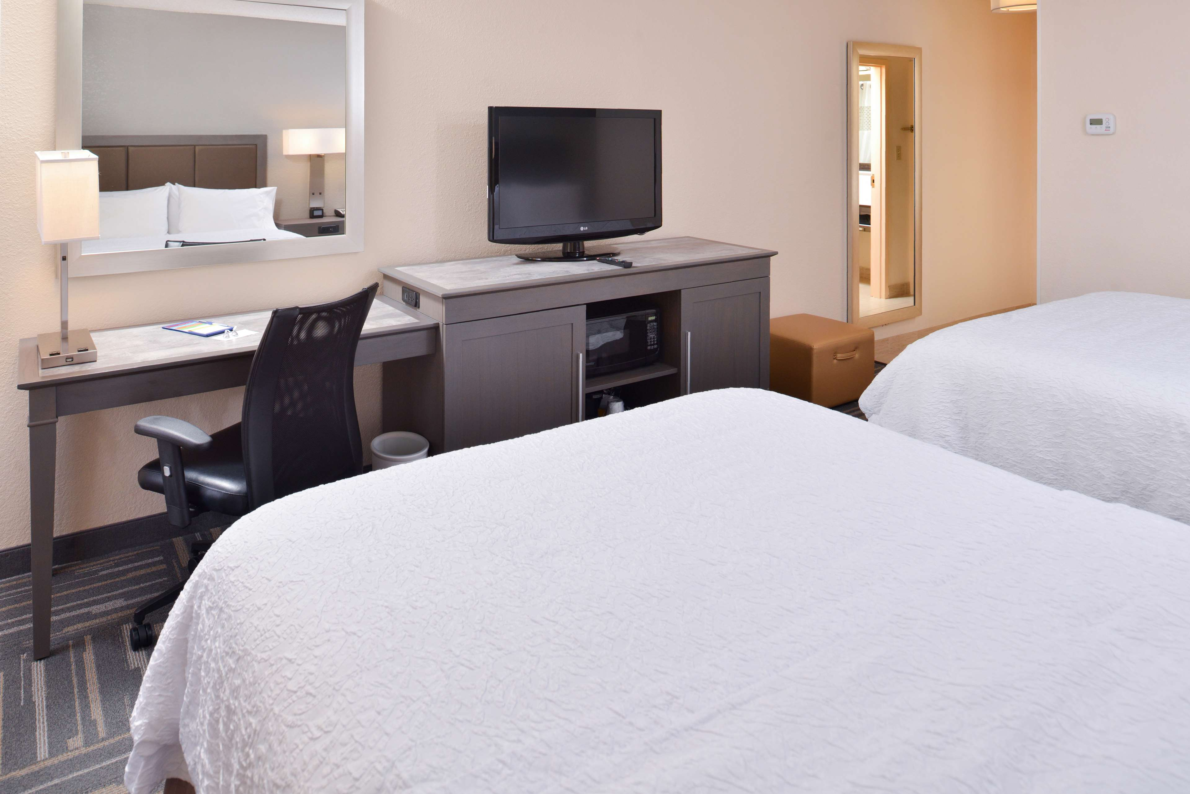Hampton Inn closest to Universal Orlando image 30