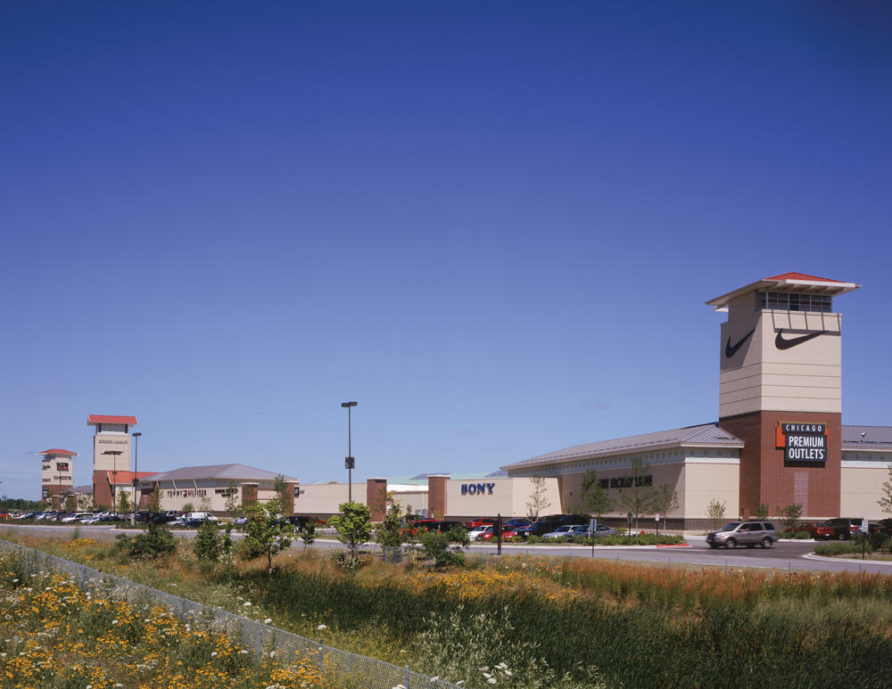 Chicago Premium Outlets image 15