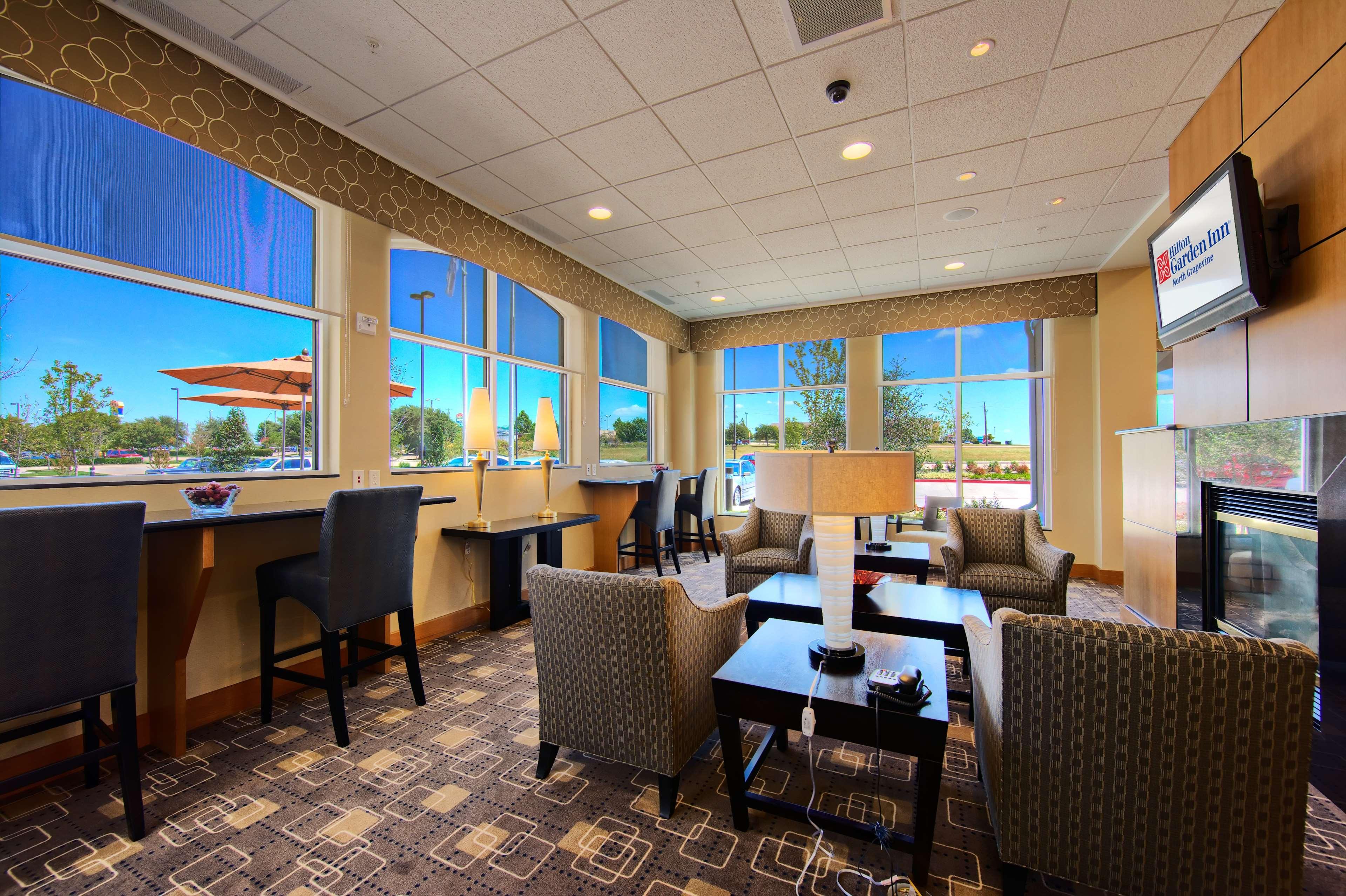 Hilton Garden Inn DFW North Grapevine image 6