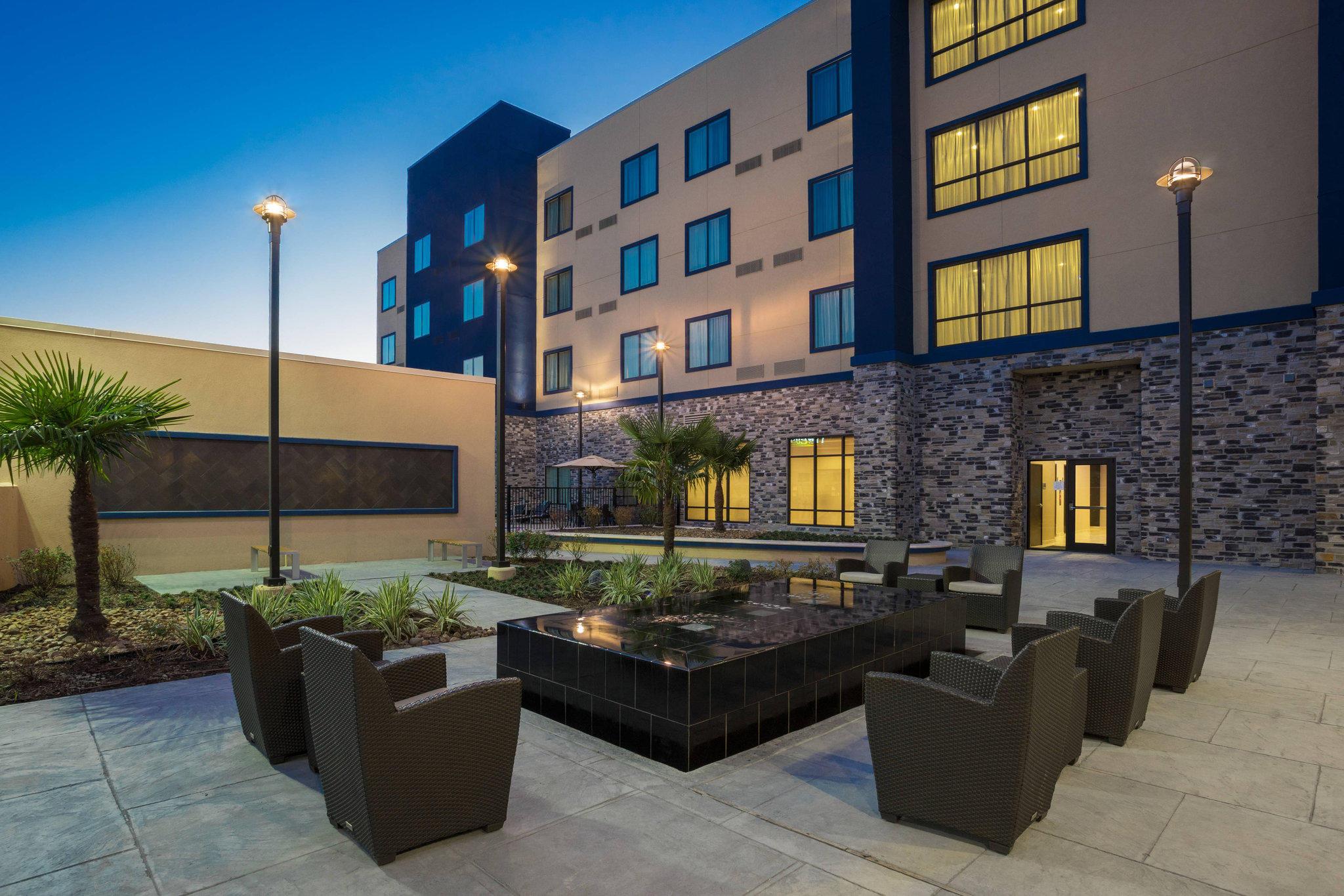 Courtyard by Marriott Houston Katy Mills