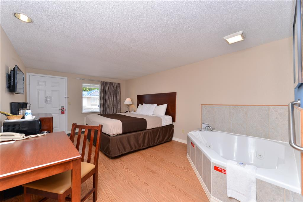 Americas Best Value Inn - St. Clairsville/Wheeling image 10