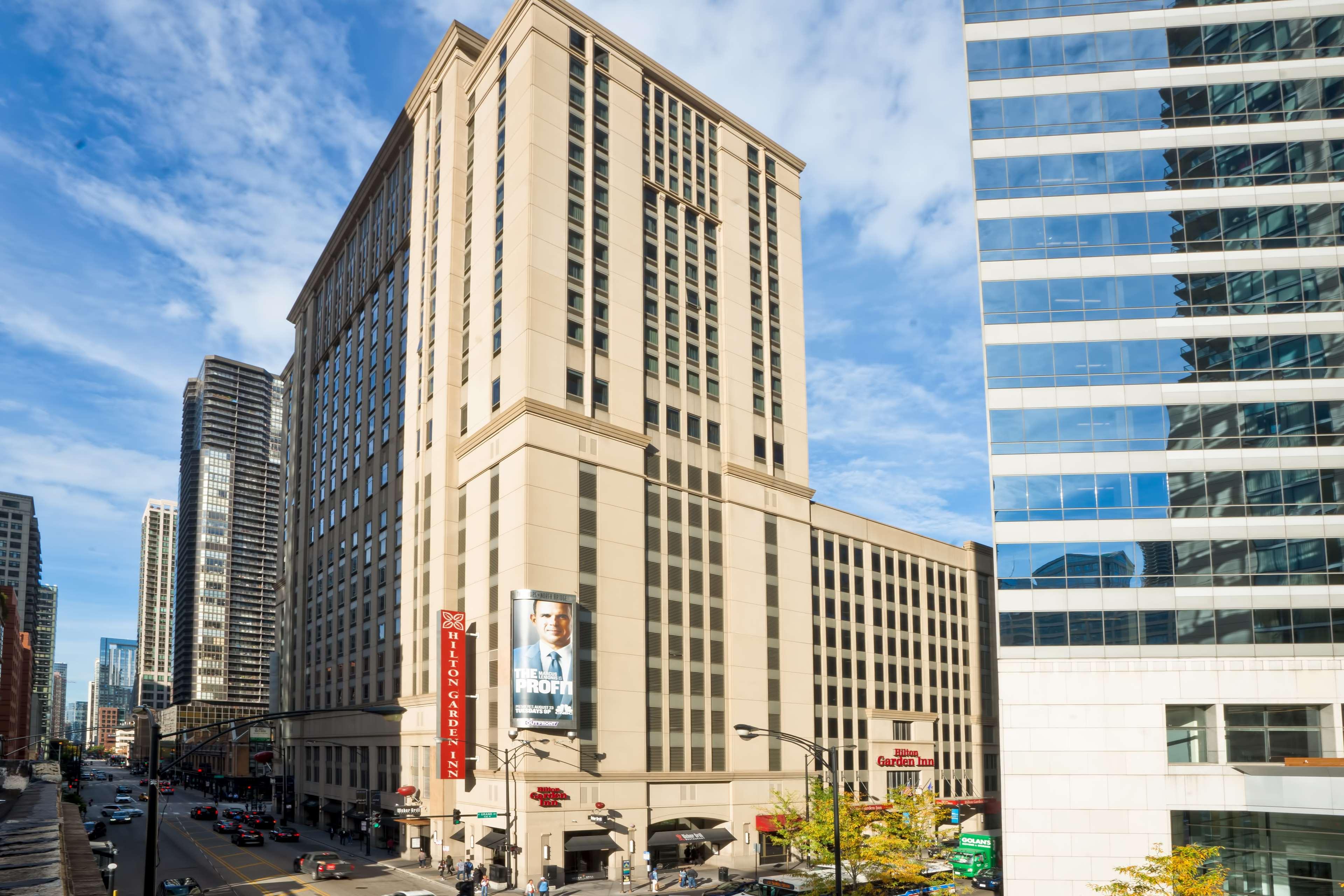 Hilton Garden Inn Chicago Downtown/Magnificent Mile image 3