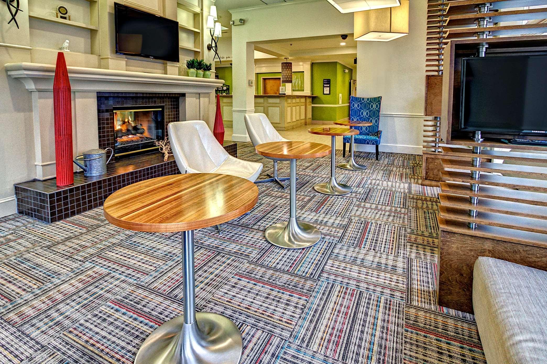 Hilton Garden Inn Nashville Airport image 1